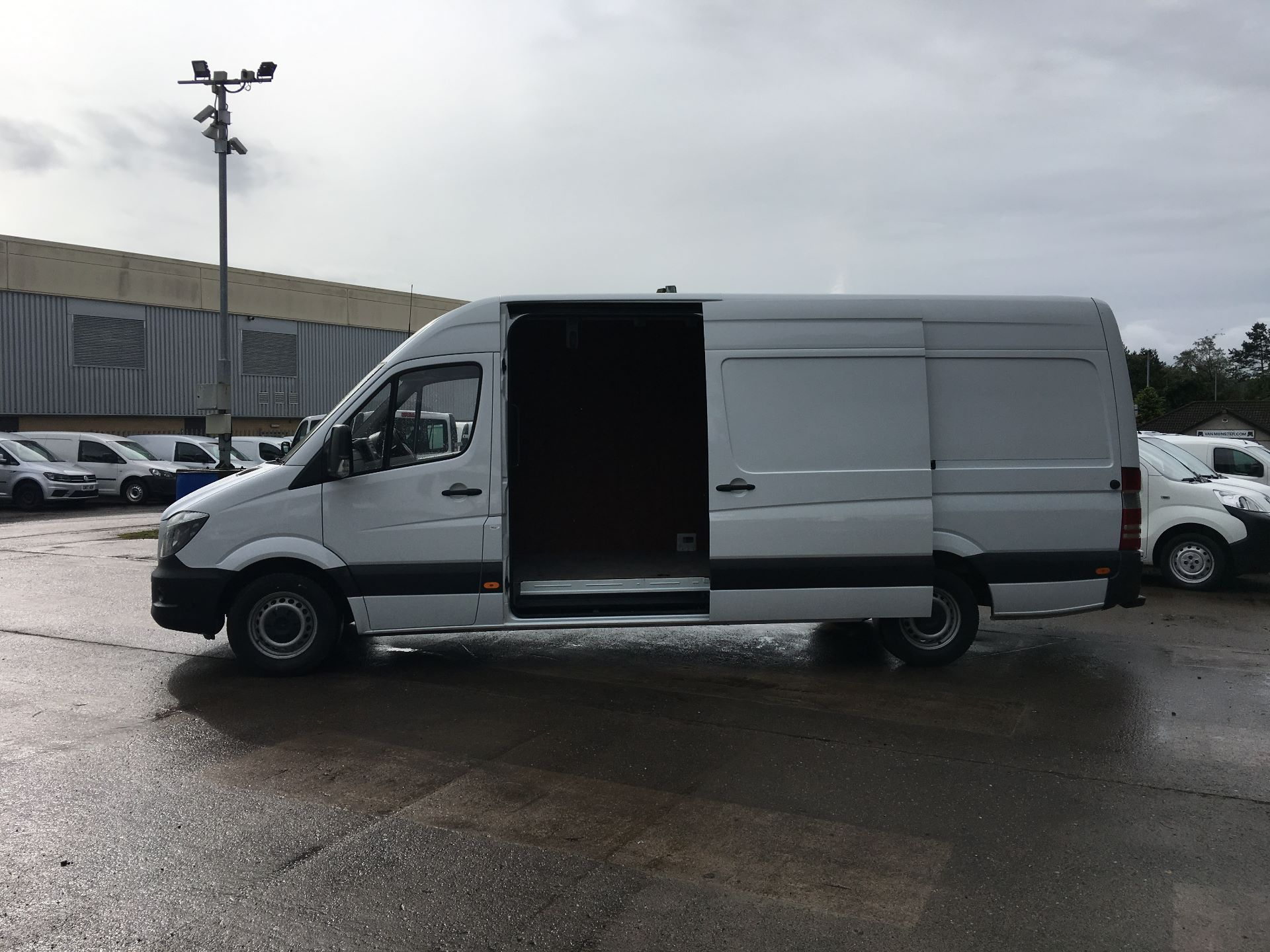 2017 Mercedes-Benz Sprinter 314 CDI LWB HIGH ROOF VAN EURO 6 (KP67ESF) Image 20