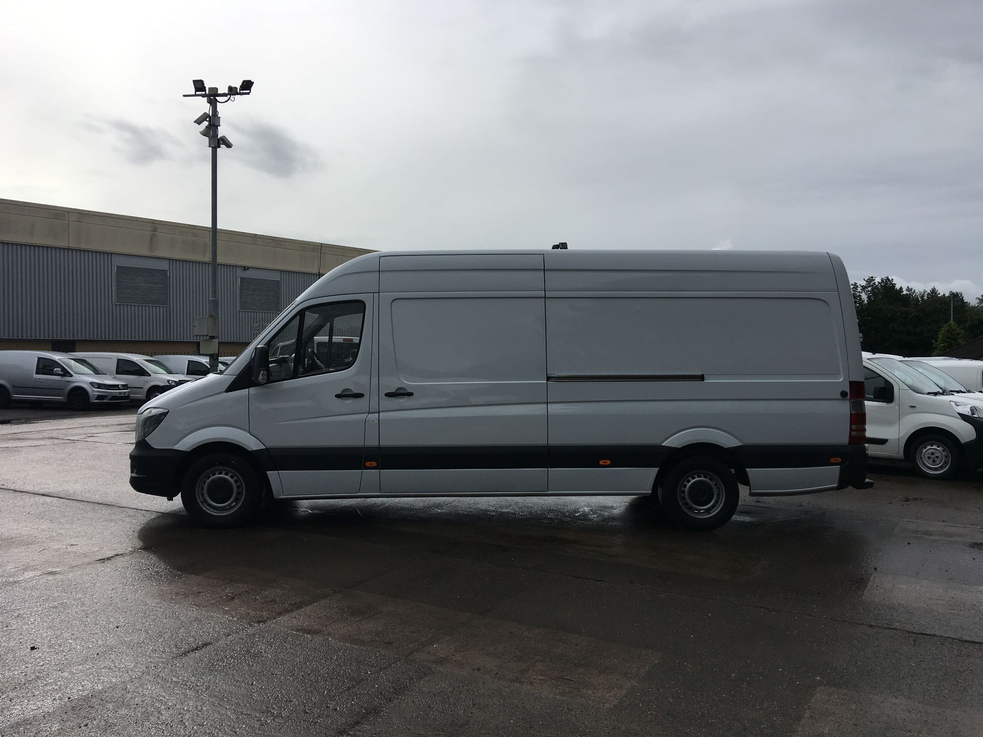 2017 Mercedes-Benz Sprinter 314 CDI LWB HIGH ROOF VAN EURO 6 (KP67ESF) Image 13