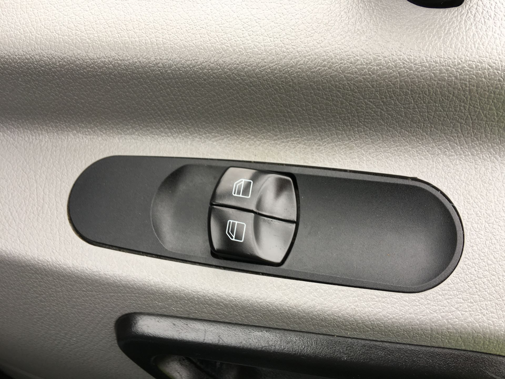 2017 Mercedes-Benz Sprinter 314 CDI LWB HIGH ROOF VAN EURO 6 (KP67EUL) Image 7