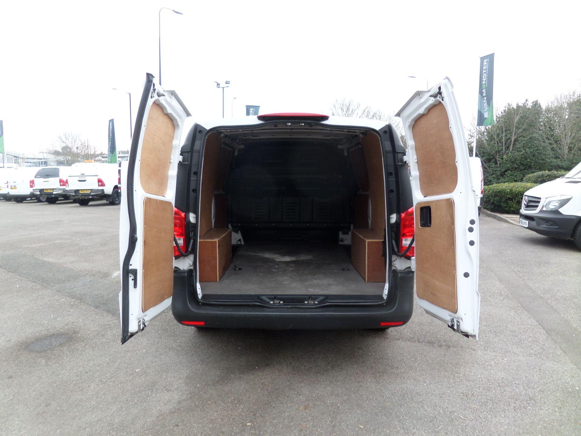 2017 Mercedes-Benz Vito 111Cdi Van LWB Euro 6 (KP67EUN) Image 5