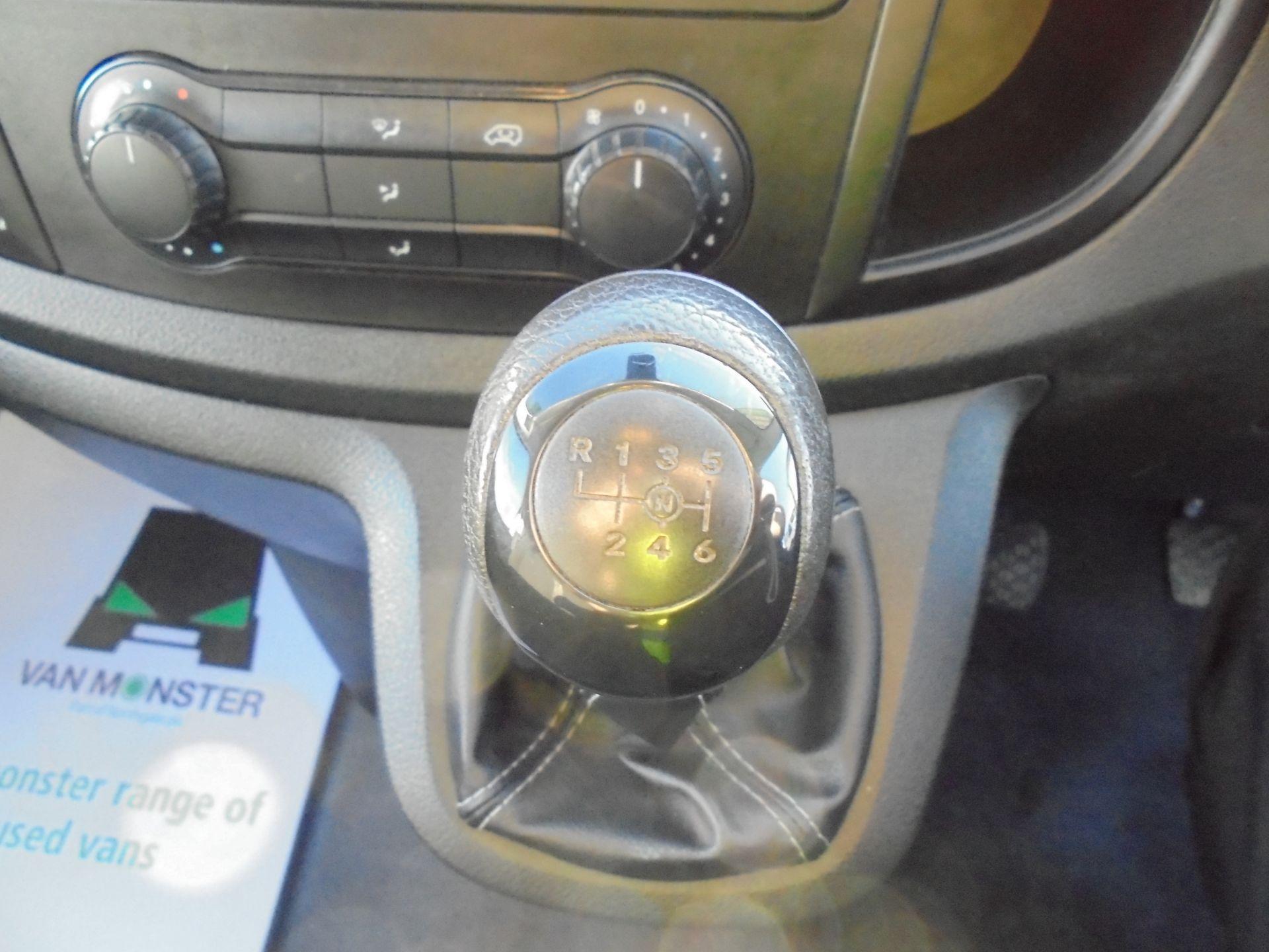 2017 Mercedes-Benz Vito 111Cdi Van (KP67EUO) Image 21