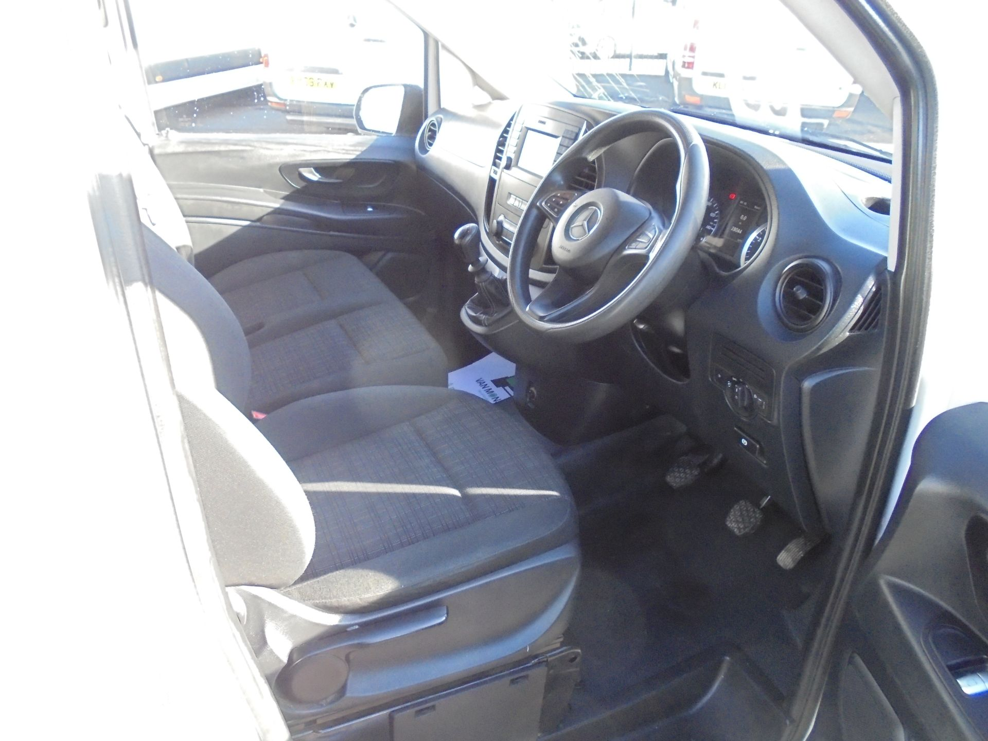 2017 Mercedes-Benz Vito 111Cdi Van (KP67EUO) Image 10