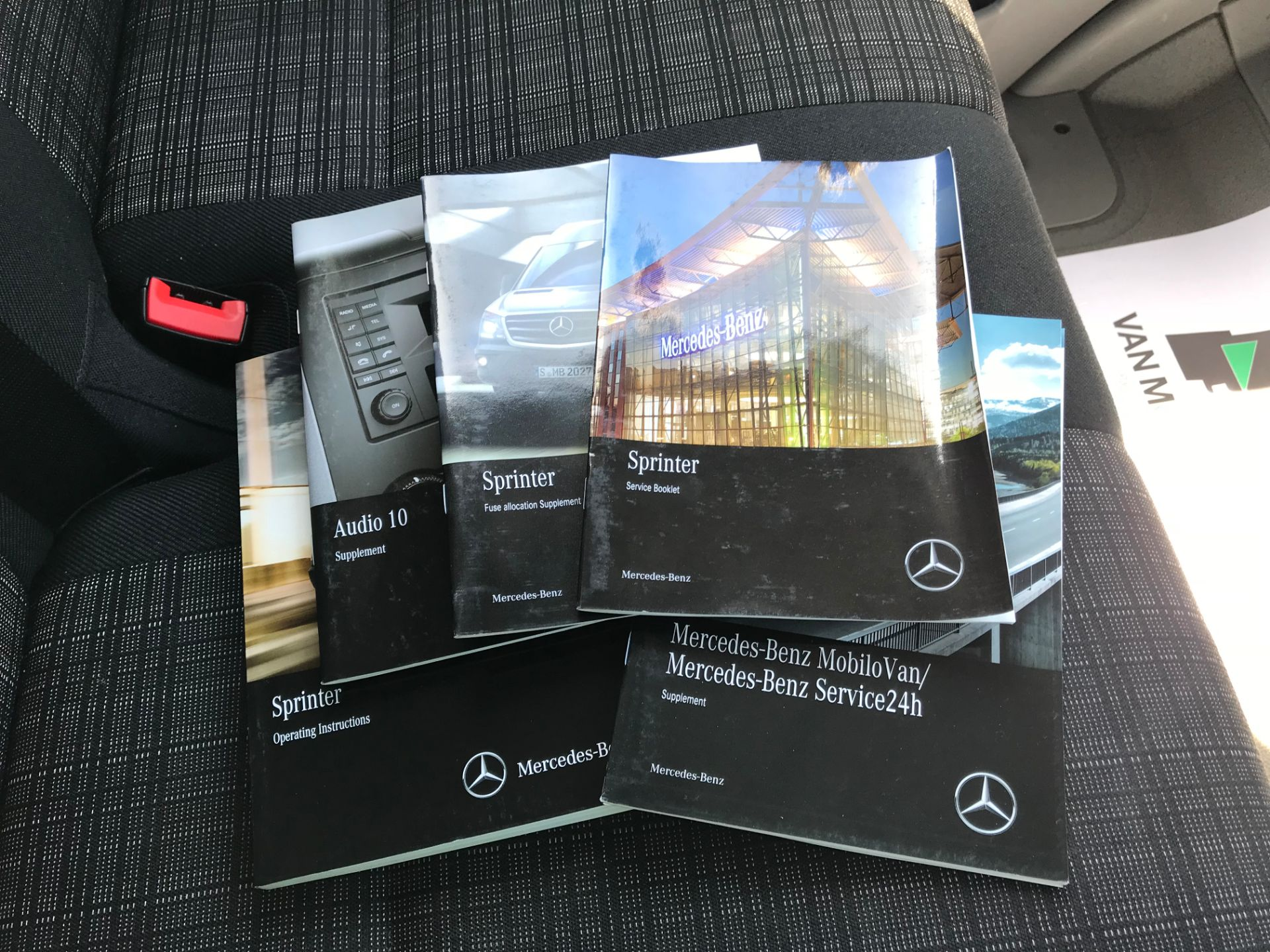 2017 Mercedes-Benz Sprinter  314 LWB H/R VAN EURO 6 (KP67MLO) Image 26