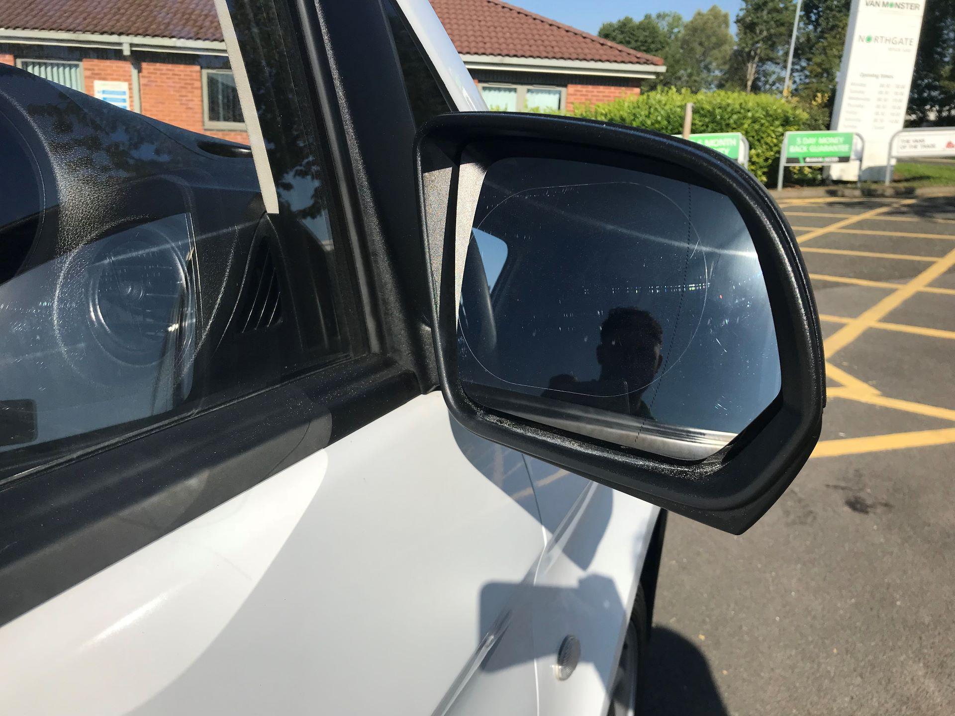 2017 Mercedes-Benz Vito 111Cdi Van (KP67MPX) Image 10