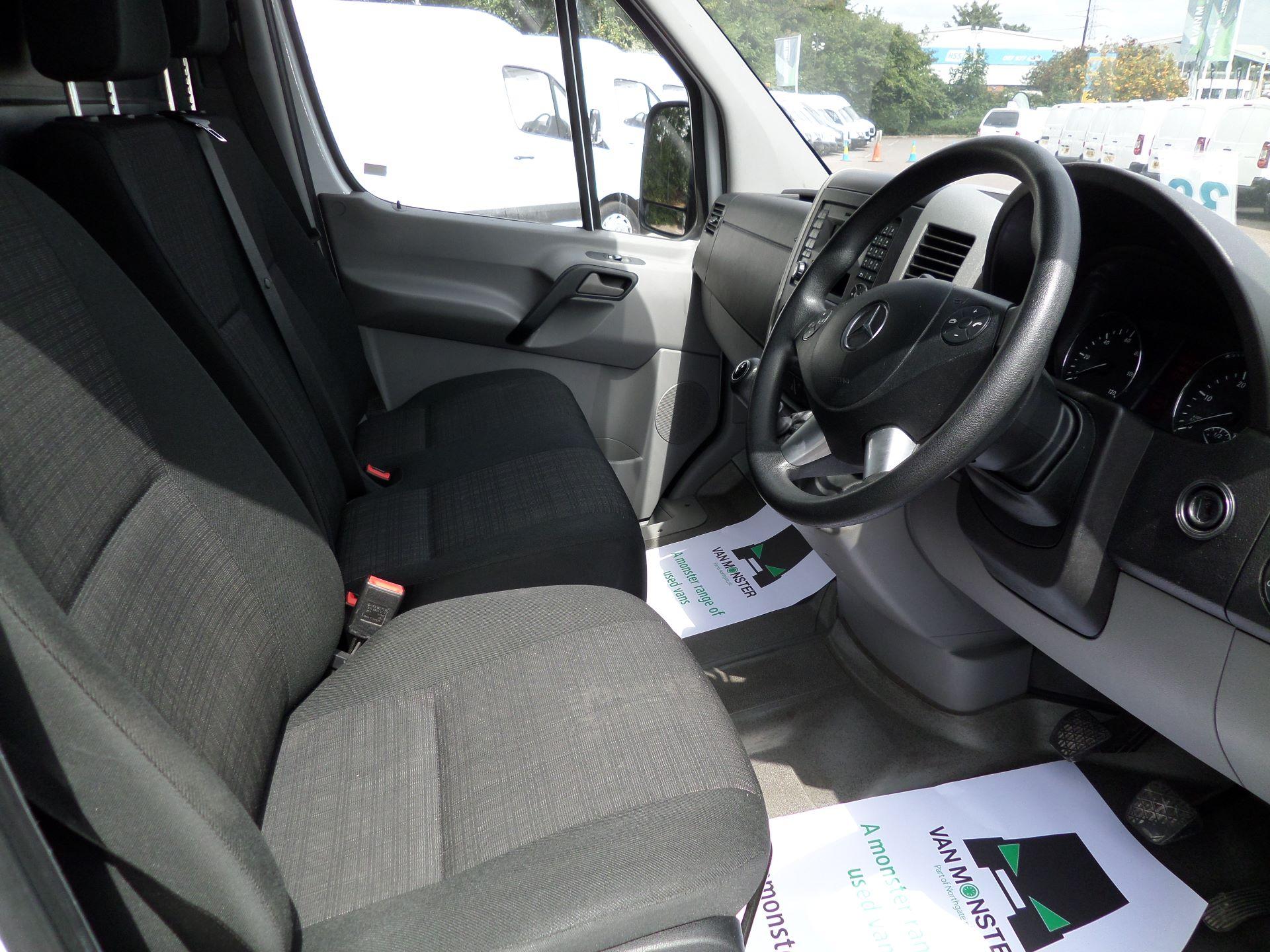 2017 Mercedes-Benz Sprinter  314 LWB H/R VAN EURO 6 (KP67MTX) Image 2