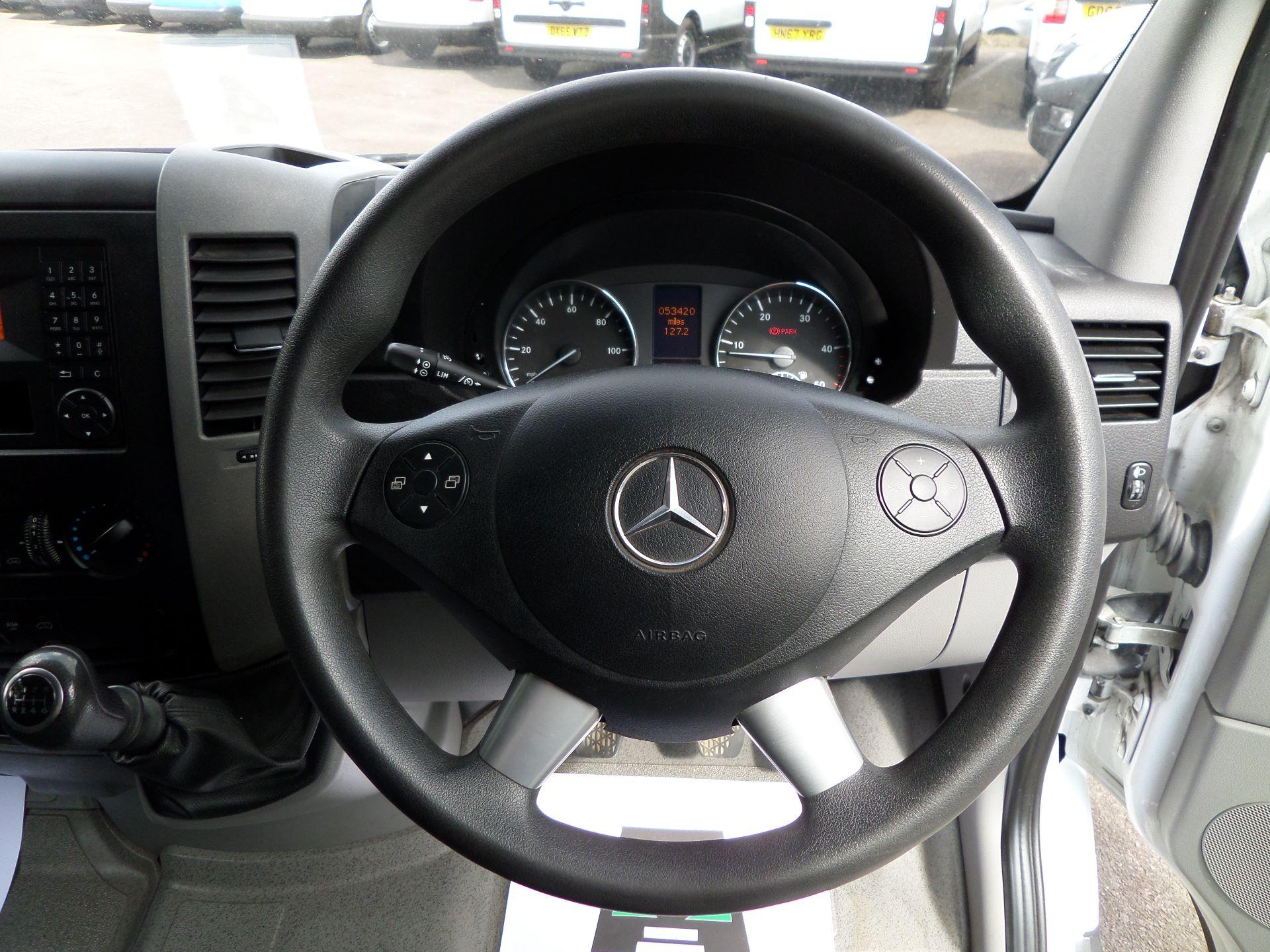 2017 Mercedes-Benz Sprinter 2017 Mercedes-Benz Sprinter 314 LWB H/R VAN EURO 6 (KP67MWE) Image 12