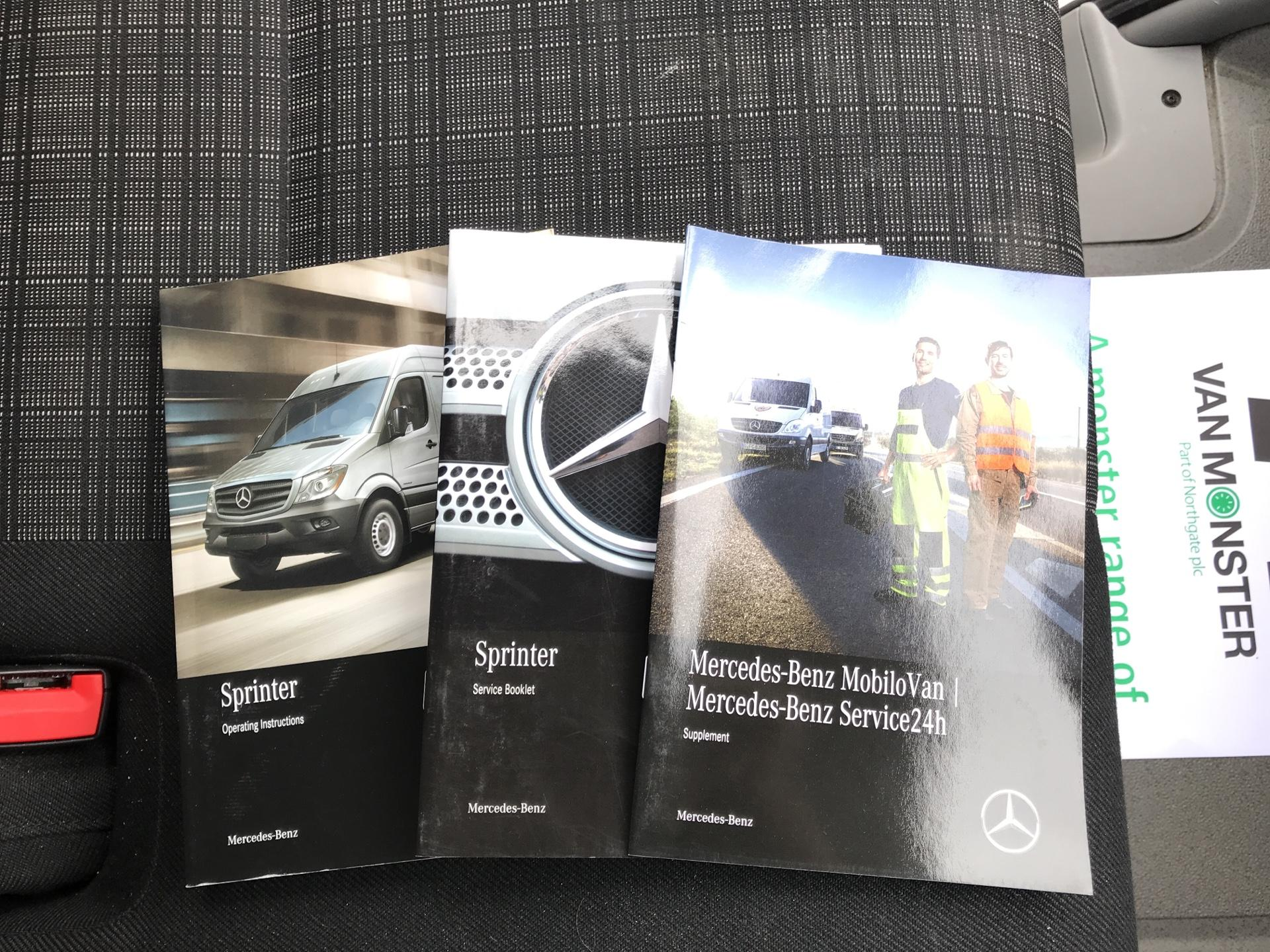 2017 Mercedes-Benz Sprinter  314 LWB H/R VAN EURO 6 (KP67ZMX) Image 25