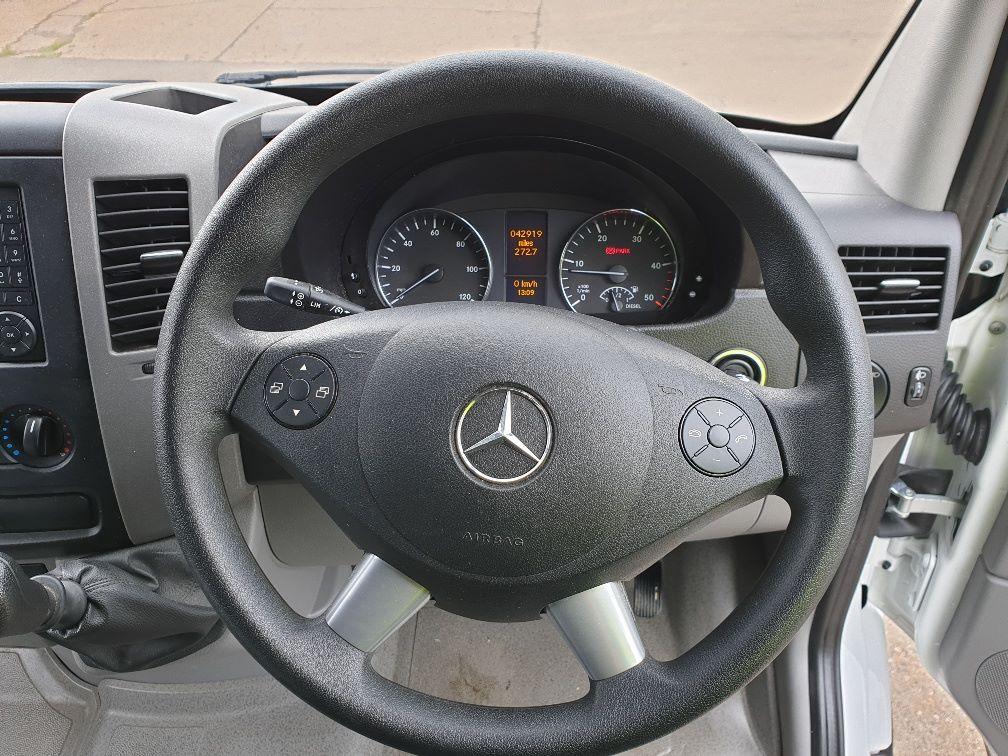 2017 Mercedes-Benz Sprinter 314 LWB H/R VAN EURO 6 (KP67ZNY) Image 17