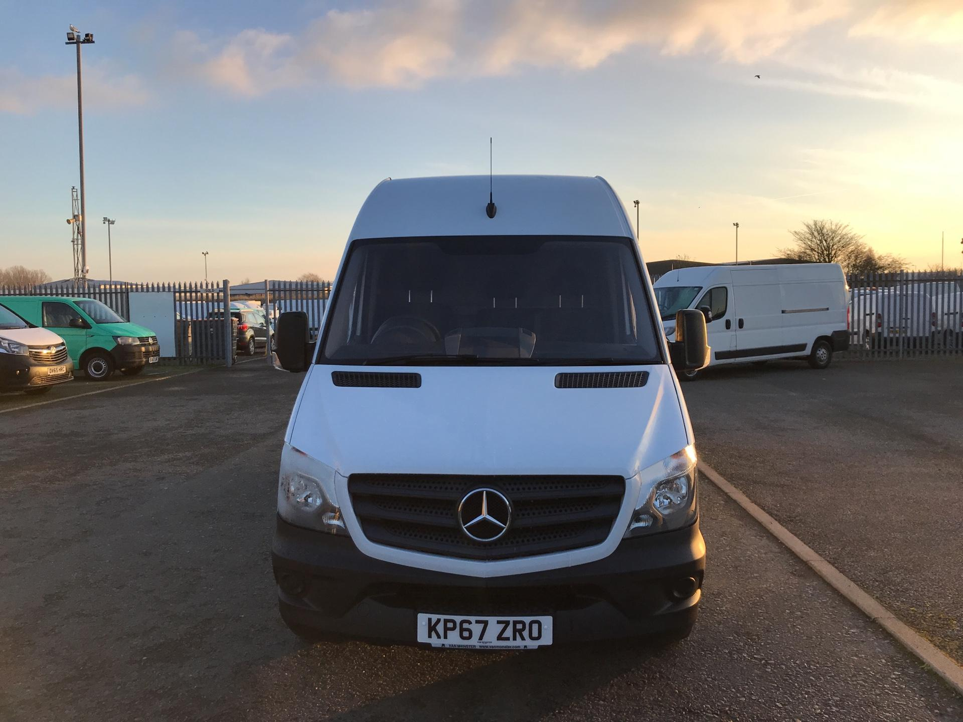 2017 Mercedes-Benz Sprinter  314 LWB 3.5T HIGH ROOF VAN EURO 6 (KP67ZRO) Image 8