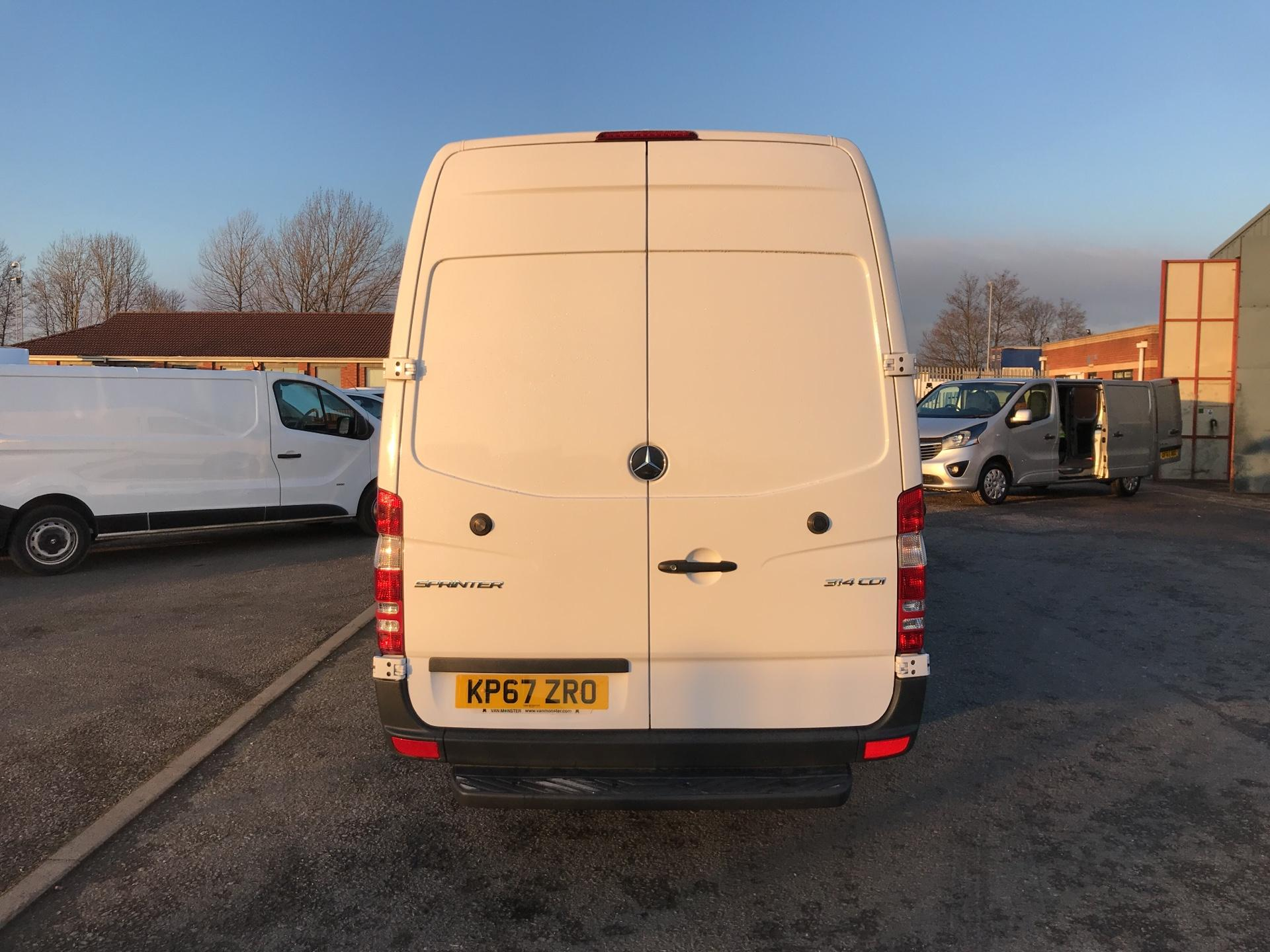 2017 Mercedes-Benz Sprinter  314 LWB 3.5T HIGH ROOF VAN EURO 6 (KP67ZRO) Image 4