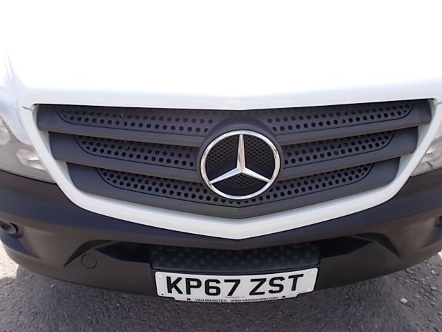 2017 Mercedes-Benz Sprinter  314 LWB H/R VAN EURO 6 (KP67ZST) Image 24