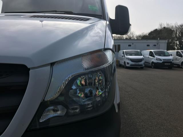 2017 Mercedes-Benz Sprinter  314 LWB H/R VAN EURO 6 (KP67ZVE) Image 12