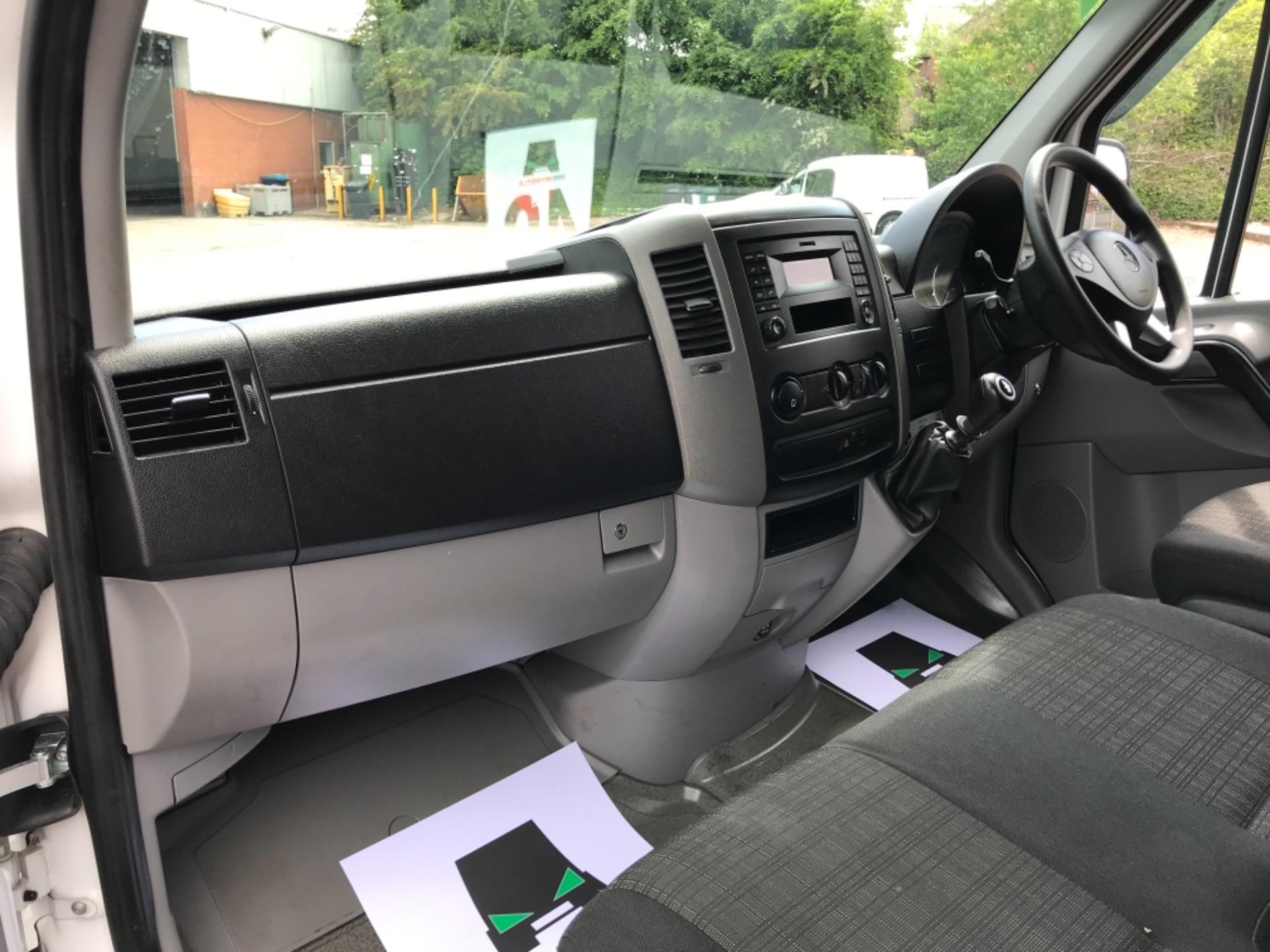 2017 Mercedes-Benz Sprinter 314 3.5t MWB Euro 6 (KP67ZVY) Image 26