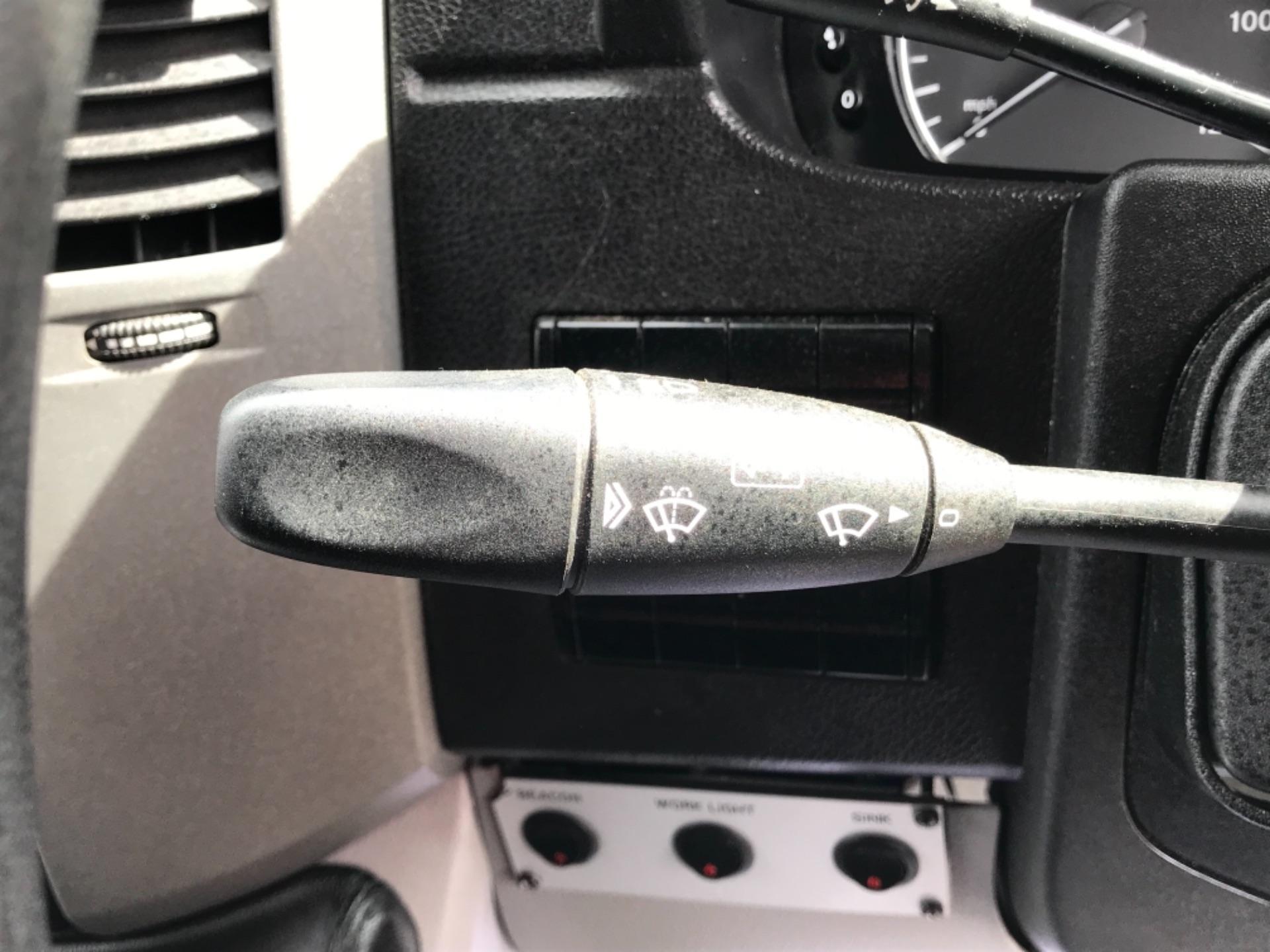 2017 Mercedes-Benz Sprinter 314 3.5t MWB Euro 6 (KP67ZVY) Image 17