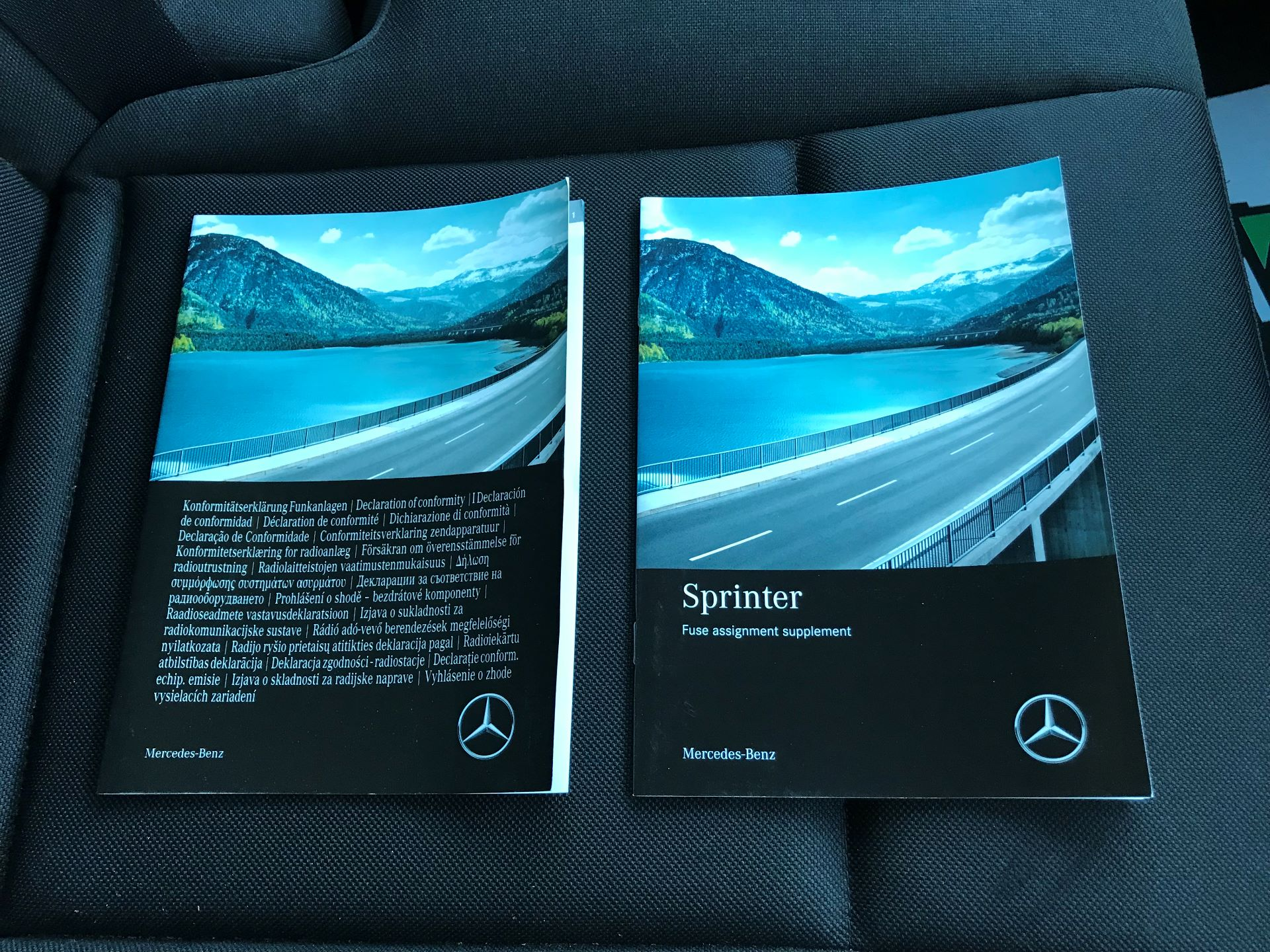 2018 Mercedes-Benz Sprinter 3.5T H2 Van (KP68NXK) Image 32