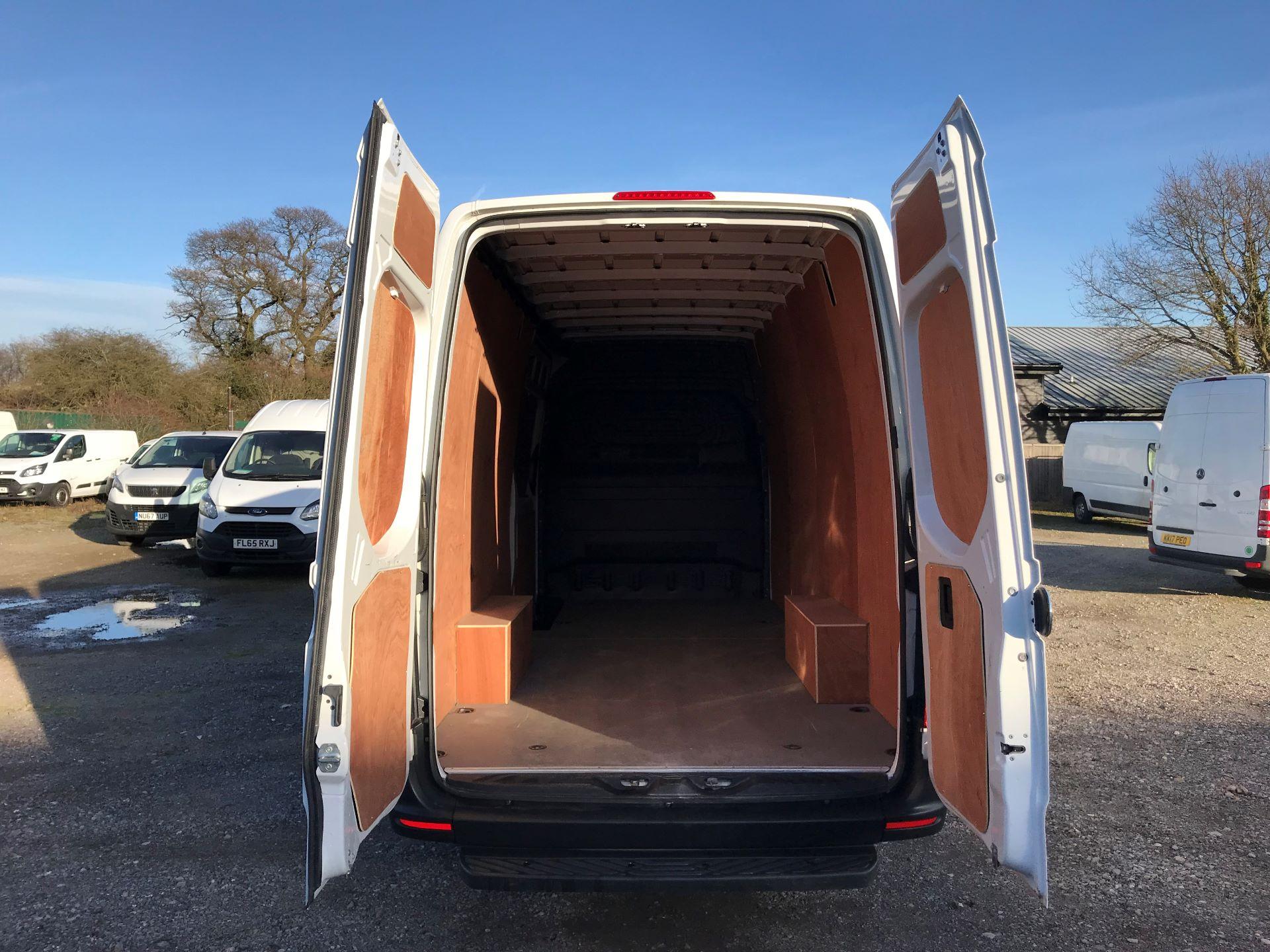 2018 Mercedes-Benz Sprinter 3.5T H2 Van (KP68NXK) Image 7