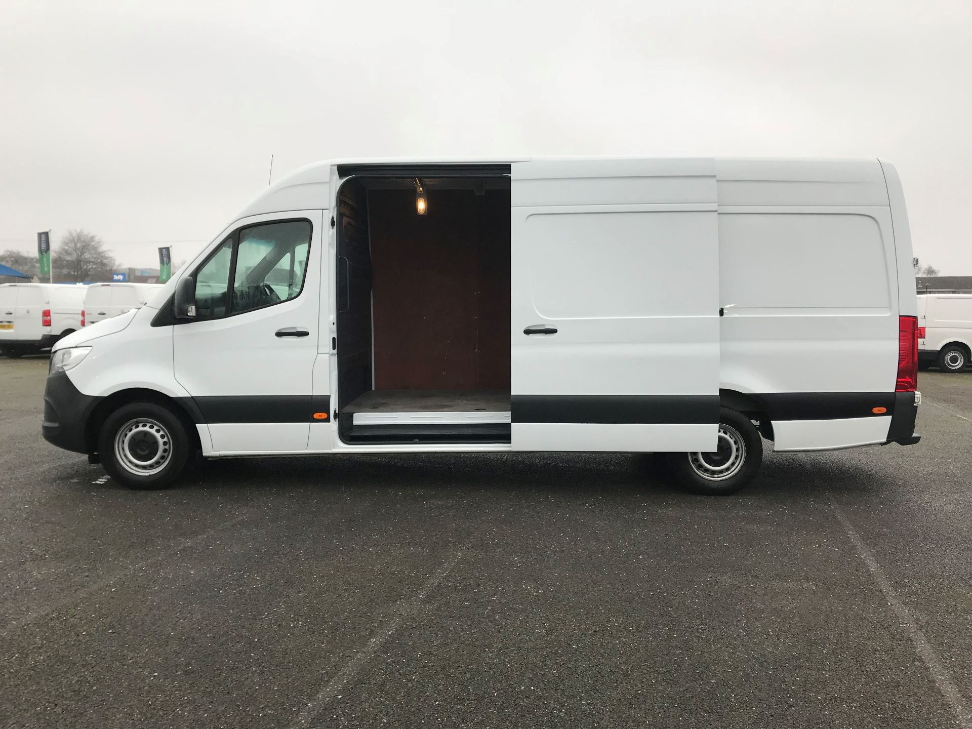 2018 Mercedes-Benz Sprinter  314 LWB H/R VAN EURO 6 (KP68NYR) Image 10