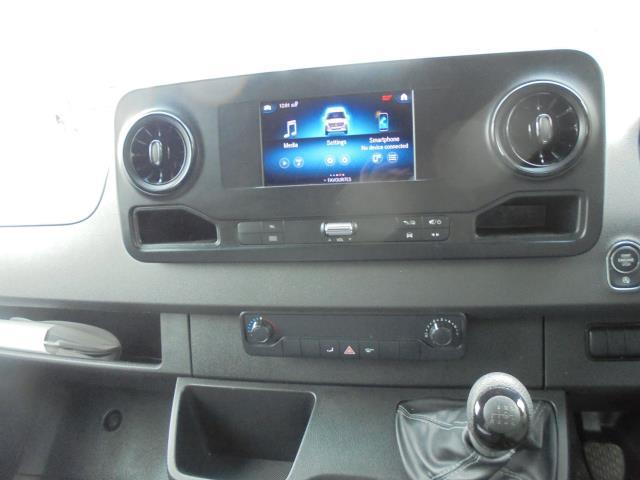 2019 Mercedes-Benz Sprinter 316 LWB 3.5T H2 Van (KP69ZDT) Image 14