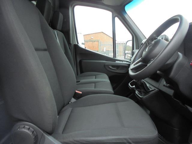2019 Mercedes-Benz Sprinter 316 LWB 3.5T H2 Van (KP69ZDT) Image 12