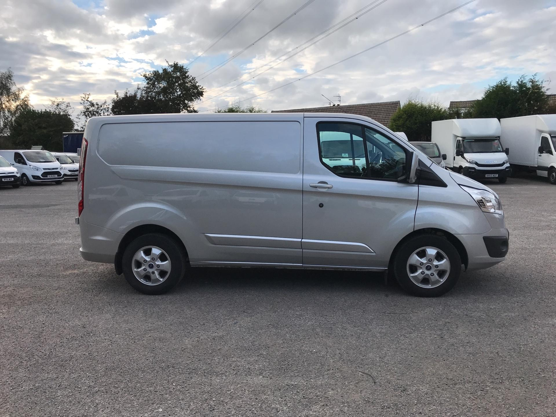 2017 Ford Transit Custom 270 L1 DIESEL FWD 2.0 TDCI 130PS LOW ROOF LIMITED VAN EURO 6 (KR17JWL) Image 2
