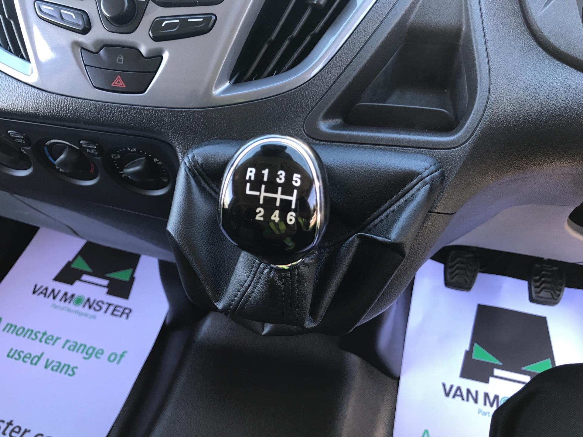 2017 Ford Transit Custom 2.0 Tdci 130Ps Low Roof Limited Van (KR17JWL) Image 11