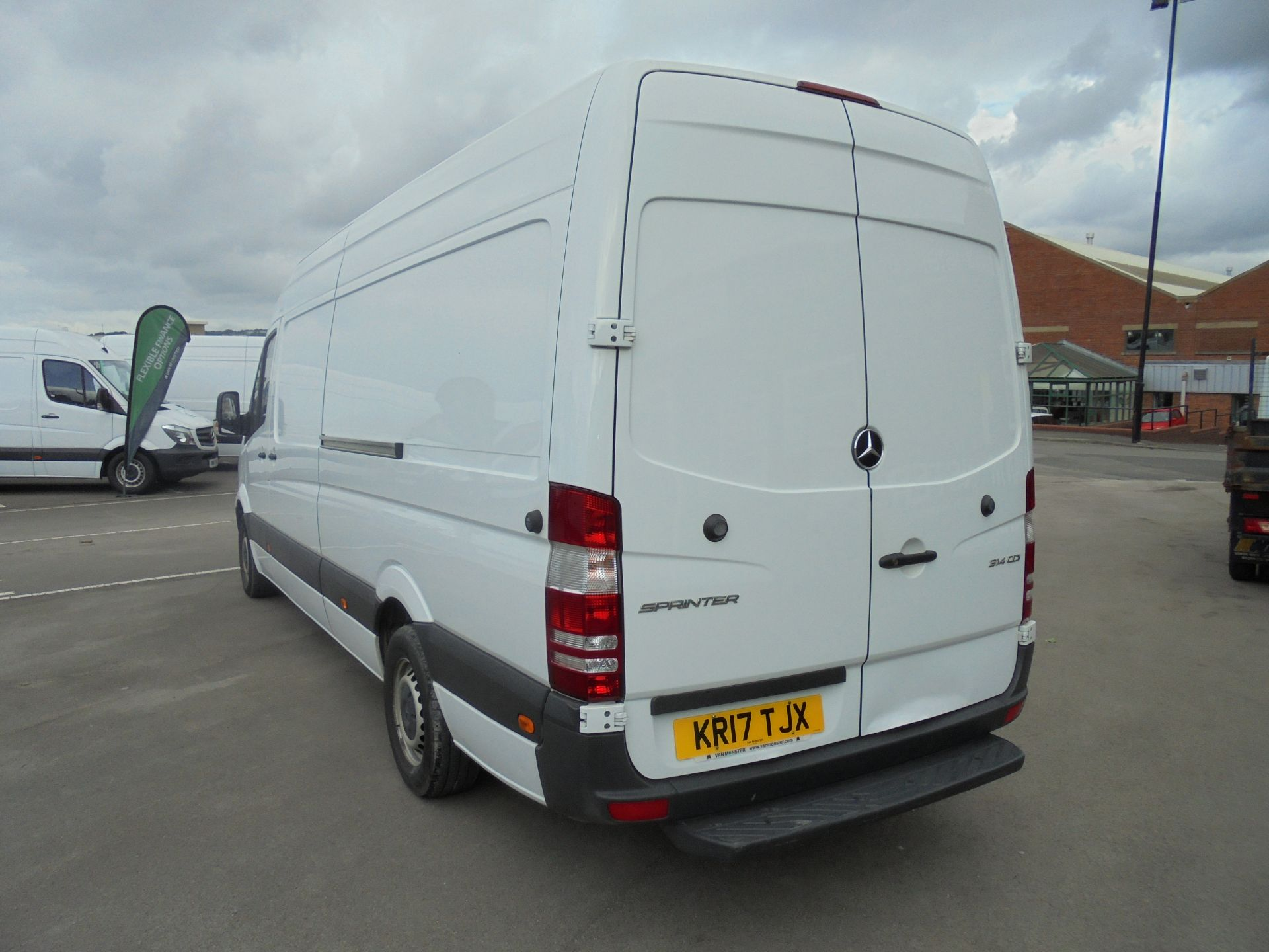 2017 Mercedes-Benz Sprinter 314 CDI 3.5T High Roof Van (KR17TJX) Image 5