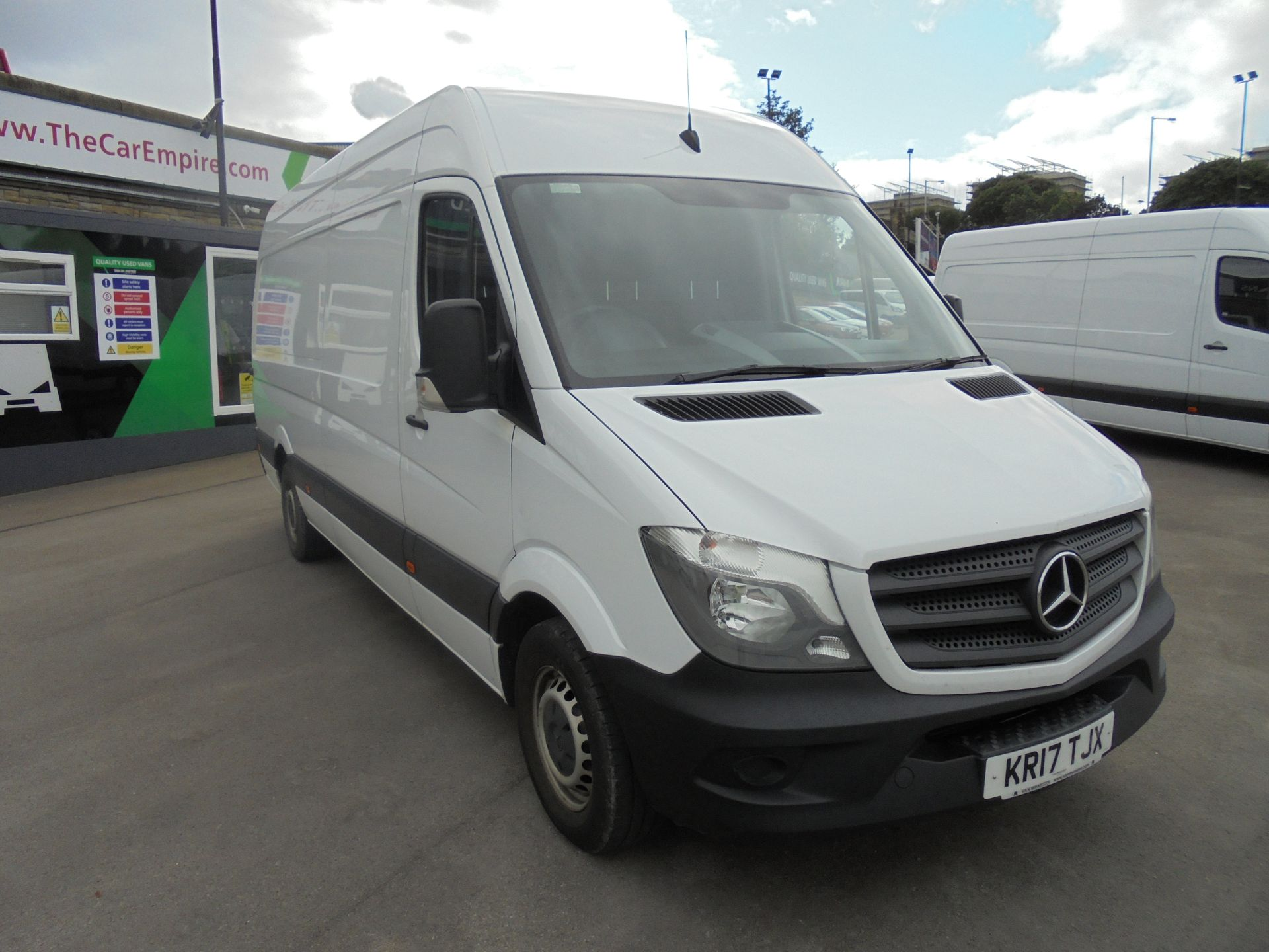 2017 Mercedes-Benz Sprinter 3.5T High Roof Van (KR17TJX)