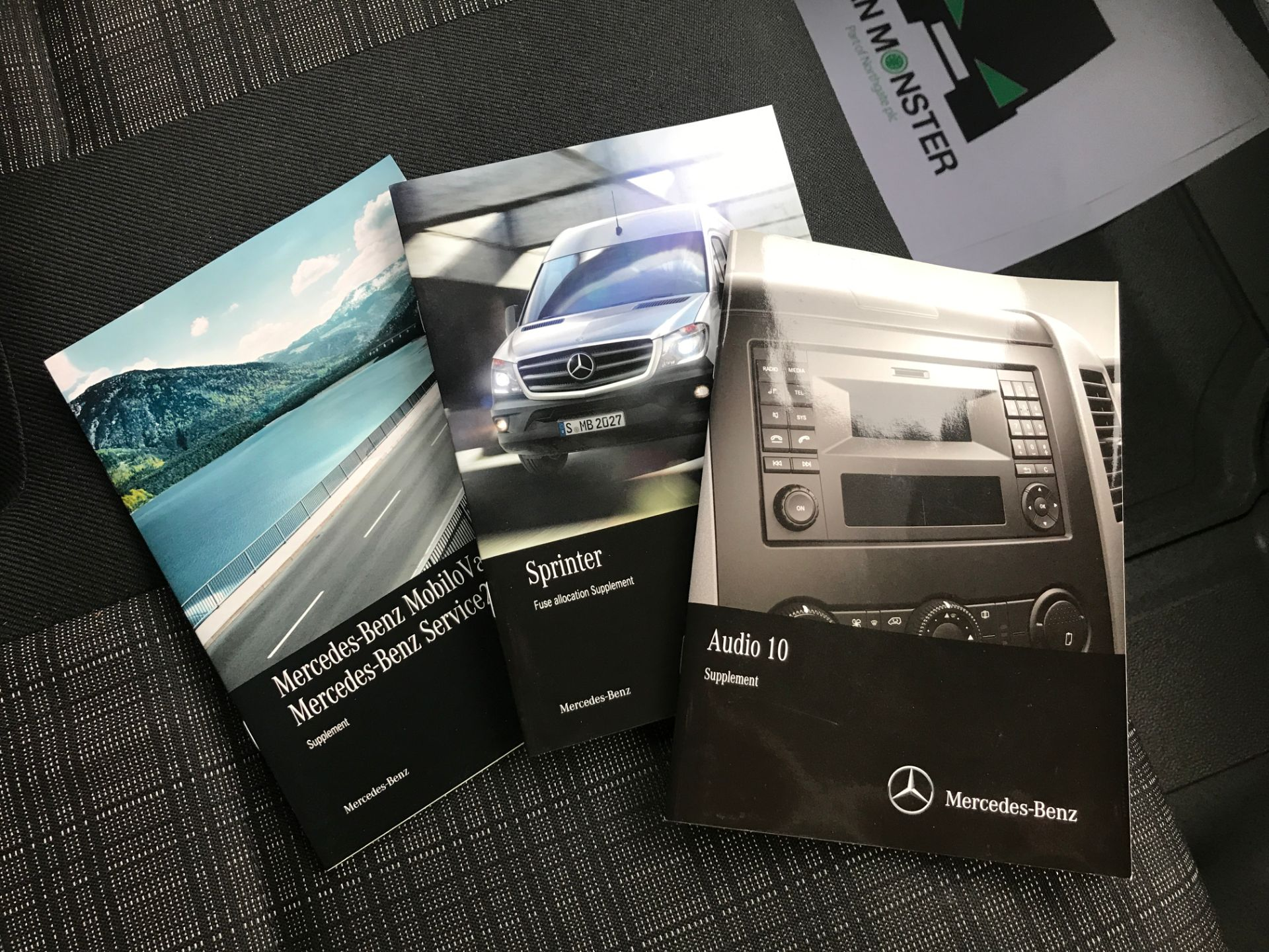 2017 Mercedes-Benz Sprinter 314CDI MWB HIGH ROOF 140PS EURO 6 (KR17TVZ) Image 25