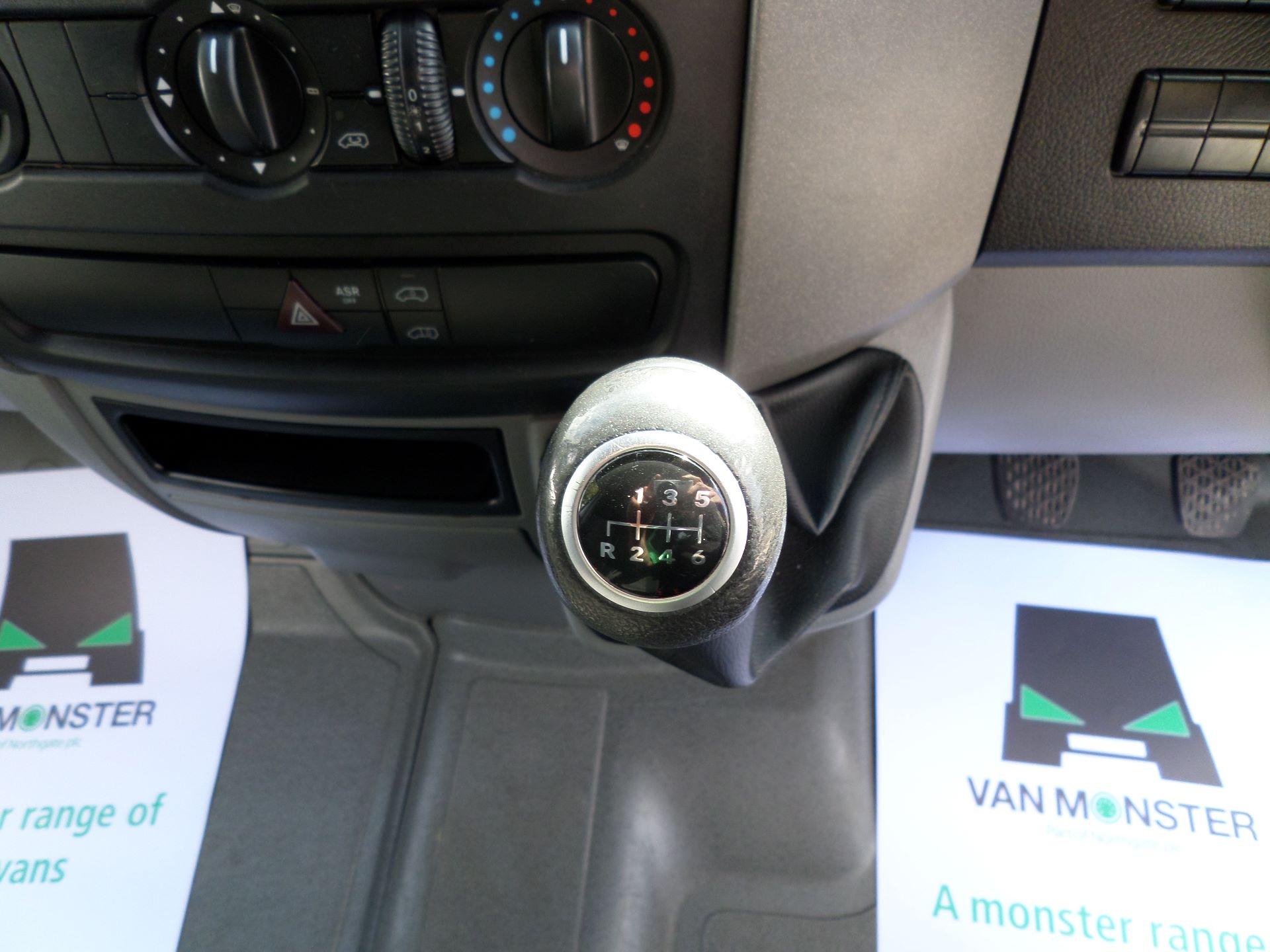 2017 Mercedes-Benz Sprinter  314 LWB H/R VAN EURO 6 (KR17TYV) Image 4