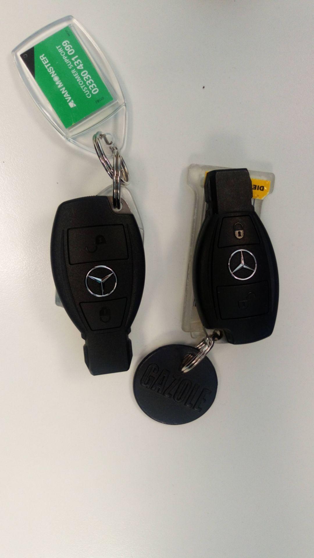 2019 Mercedes-Benz Vito 119 Bluetec Tourer Select 7-Gtronic 9 Seats Euro 6 (KR19UVX) Image 31