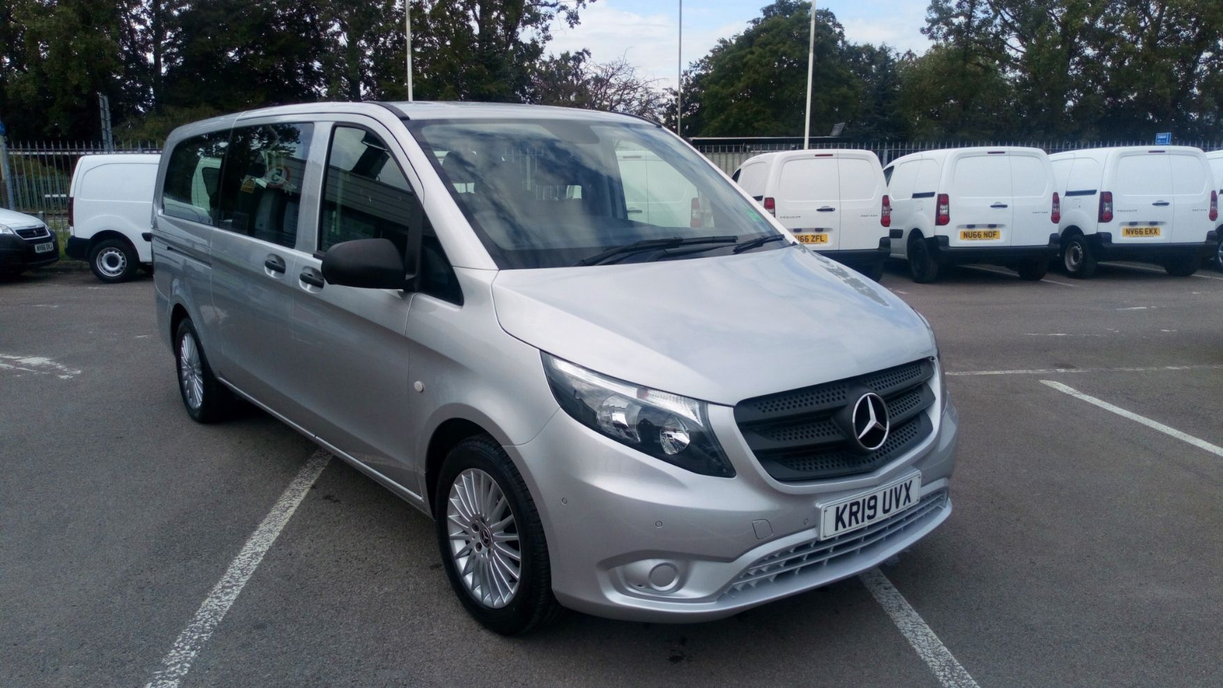 2019 Mercedes-Benz Vito 119 Bluetec Tourer Select 7-Gtronic 9 Seats Euro 6 (KR19UVX)