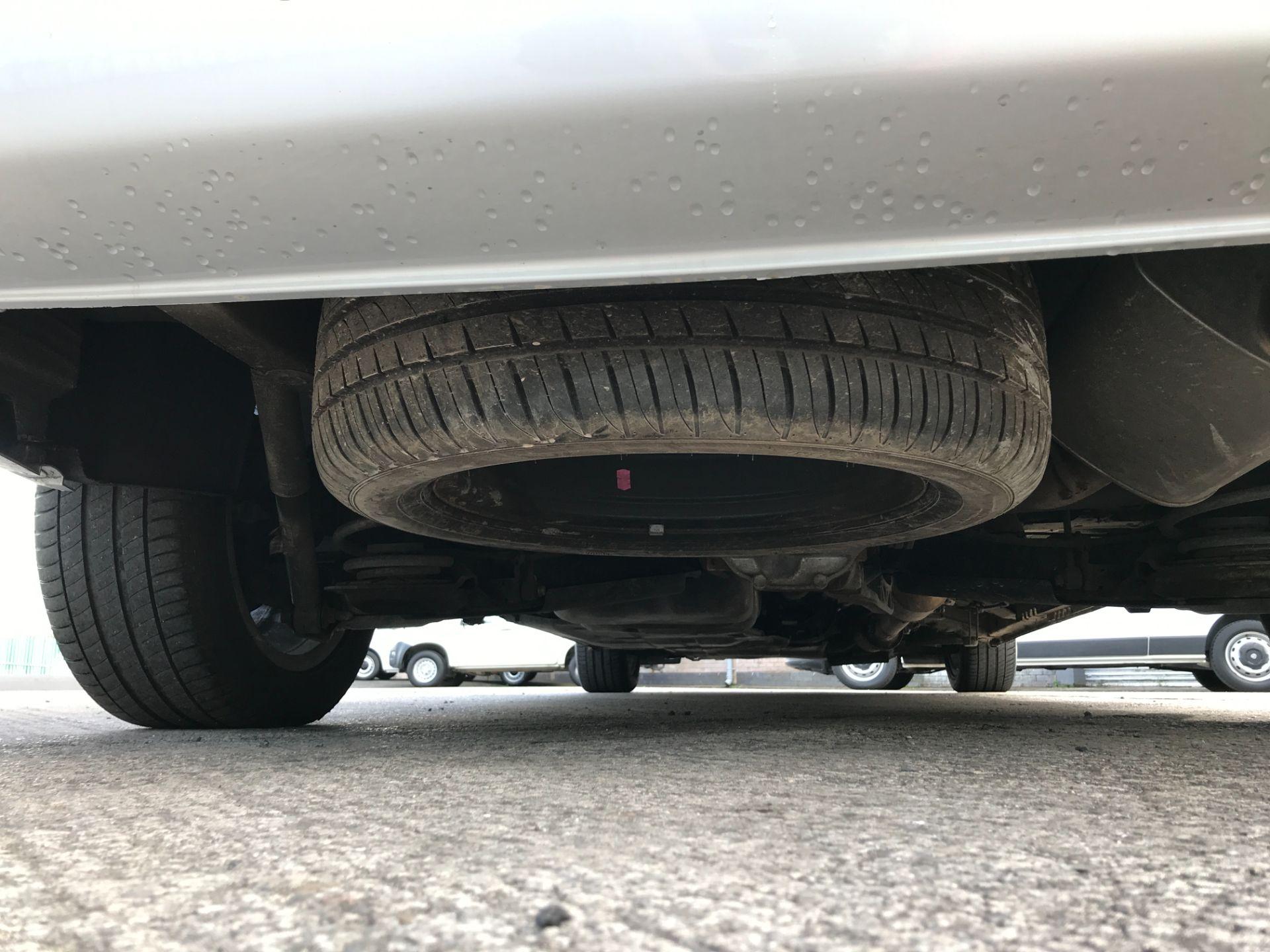 2019 Mercedes-Benz Vito 119CDI XLWB BLUETEC TOURER SELECT EURO 6 AUTOMATIC (KR19UWZ) Image 19
