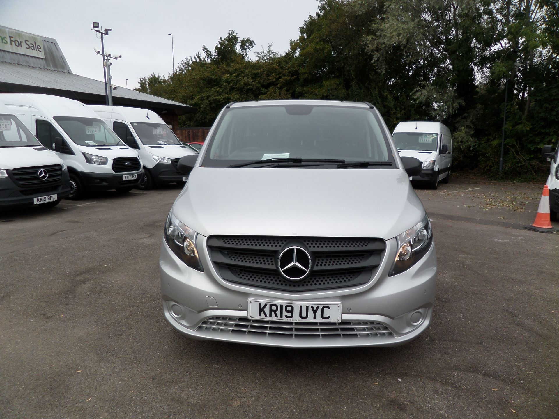 2019 Mercedes-Benz Vito 119 Cdi Select 9-Seater 7G-Tronic Euro 6 (KR19UYC) Image 11