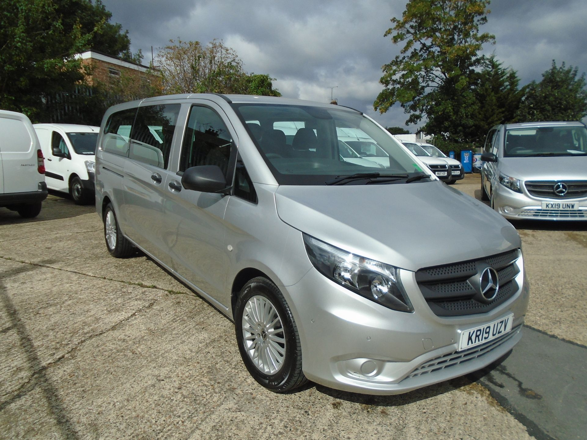 2019 Mercedes-Benz Vito 119 Cdi Select 8-Seater 7G-Tronic EURO 6 (KR19UZV) Image 1