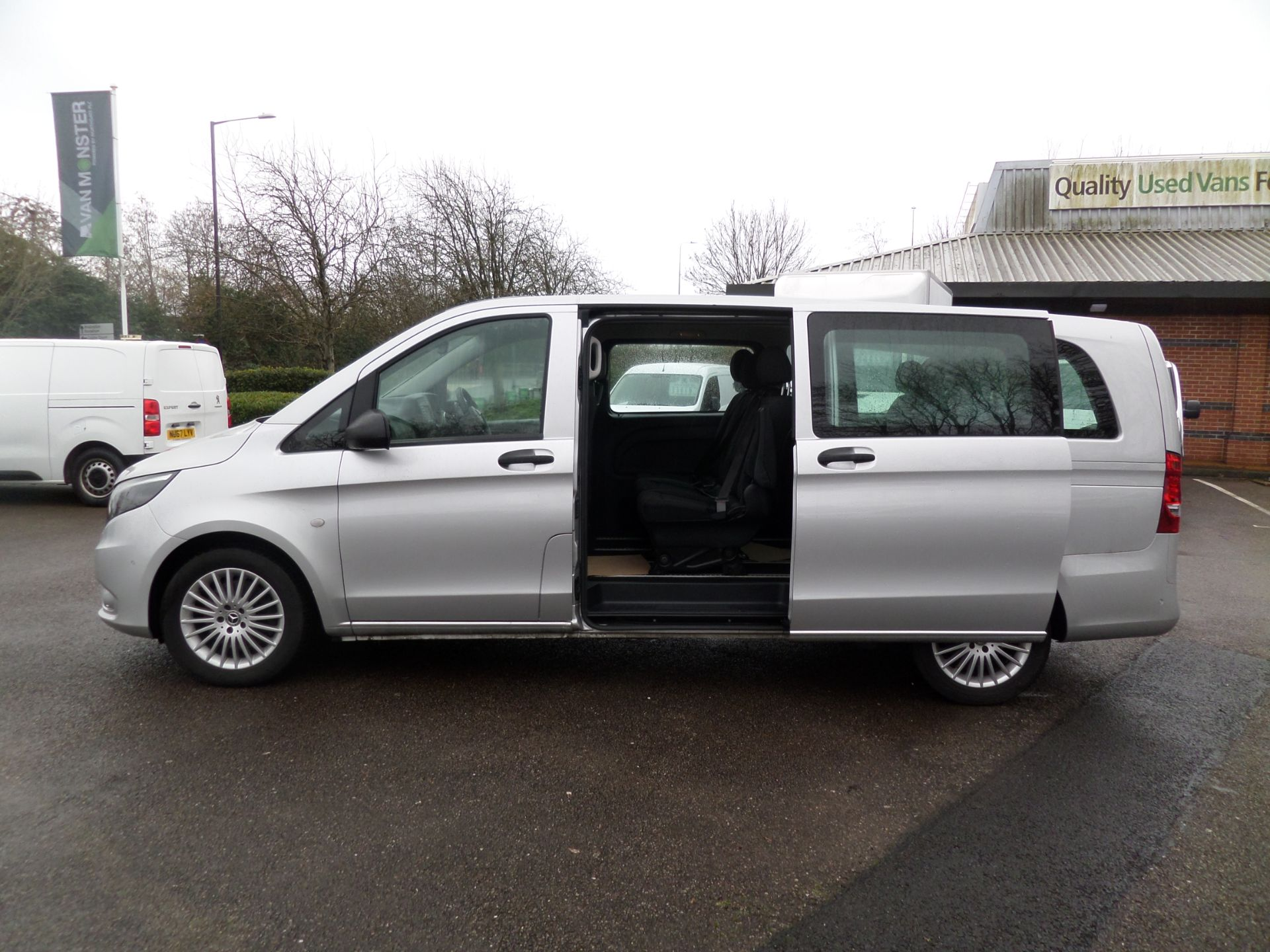 2019 Mercedes-Benz Vito 119 Cdi Select 8-Seater 7G-Tronic EURO 6 (KR19XVS) Image 7