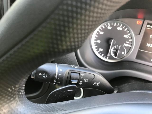 2019 Mercedes-Benz Vito 119 Bluetec Tourer Select 7-Gtronic 9 Seats Euro 6 (KR19XVZ) Image 27