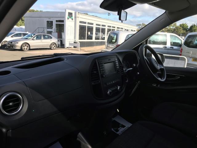 2019 Mercedes-Benz Vito 119 Bluetec Tourer Select 7-Gtronic 9 Seats Euro 6 (KR19XVZ) Image 19