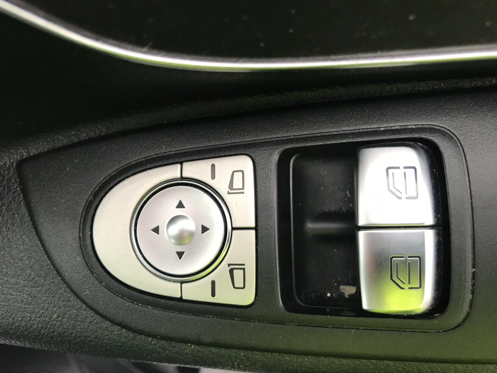 2019 Mercedes-Benz Vito 119 Cdi Select 8-Seater 7G-Tronic (KR19XWU) Image 21