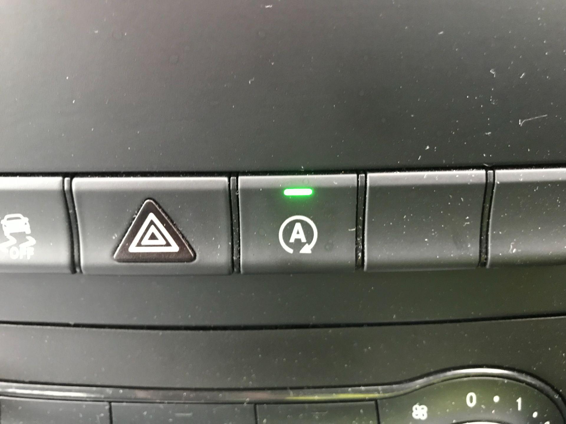 2019 Mercedes-Benz Vito 119 Cdi Select 8-Seater 7G-Tronic (KR19XWU) Image 25