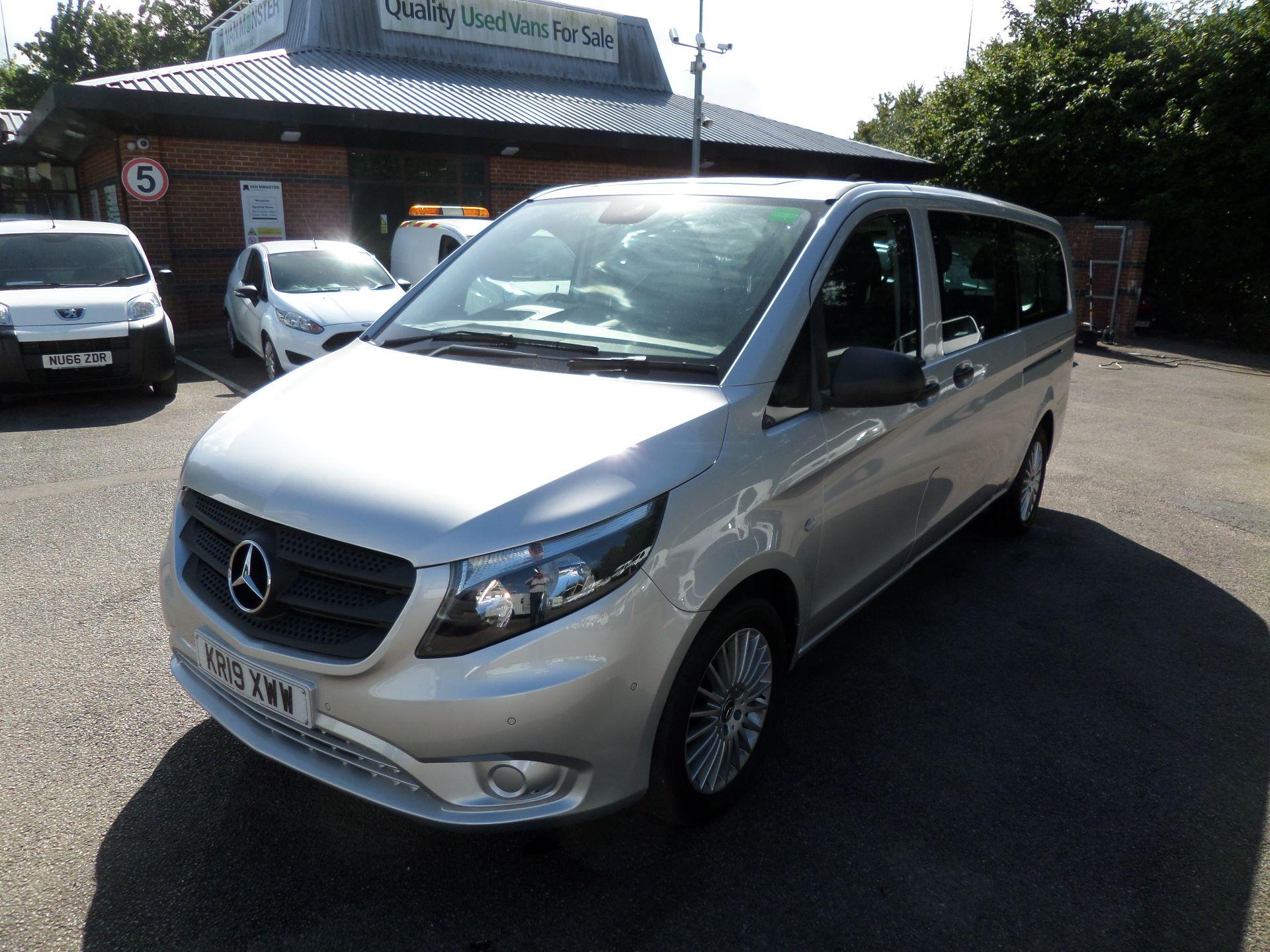 2019 Mercedes-Benz Vito 119 Bluetec Select 9-Seater 7G-Tronic Euro 6 (KR19XWW) Image 12