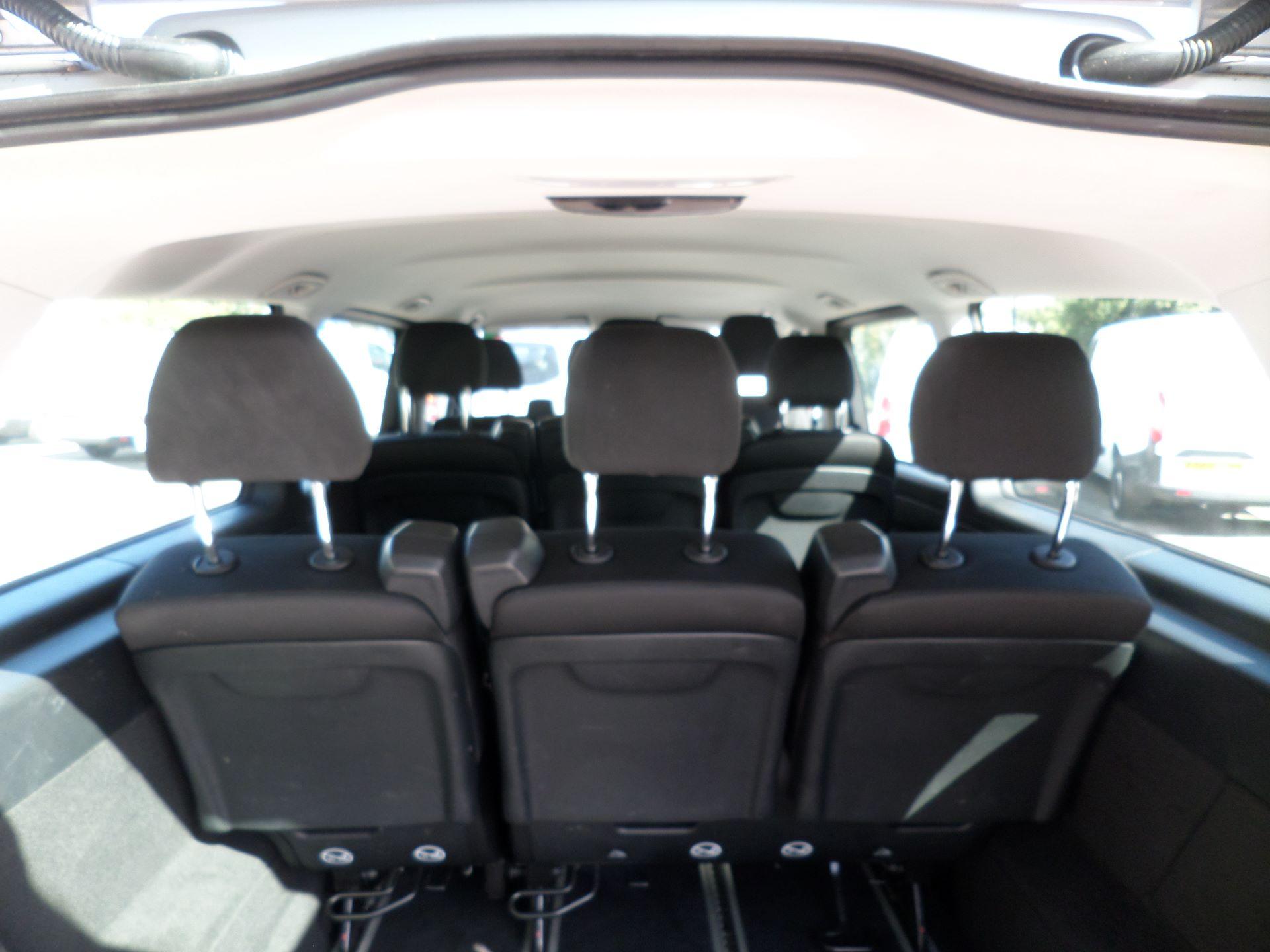 2019 Mercedes-Benz Vito 119 Bluetec Select 9-Seater 7G-Tronic Euro 6 (KR19XWW) Image 6