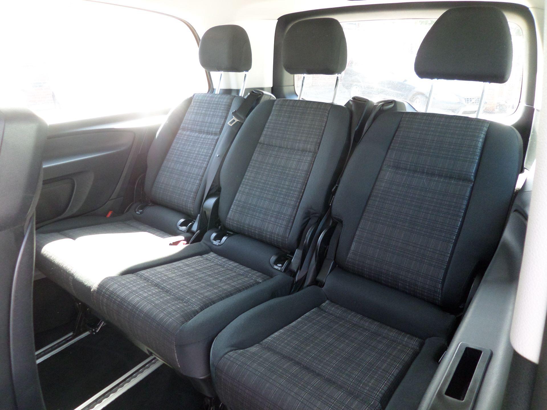 2019 Mercedes-Benz Vito 119 Bluetec Select 9-Seater 7G-Tronic Euro 6 (KR19XWW) Image 9
