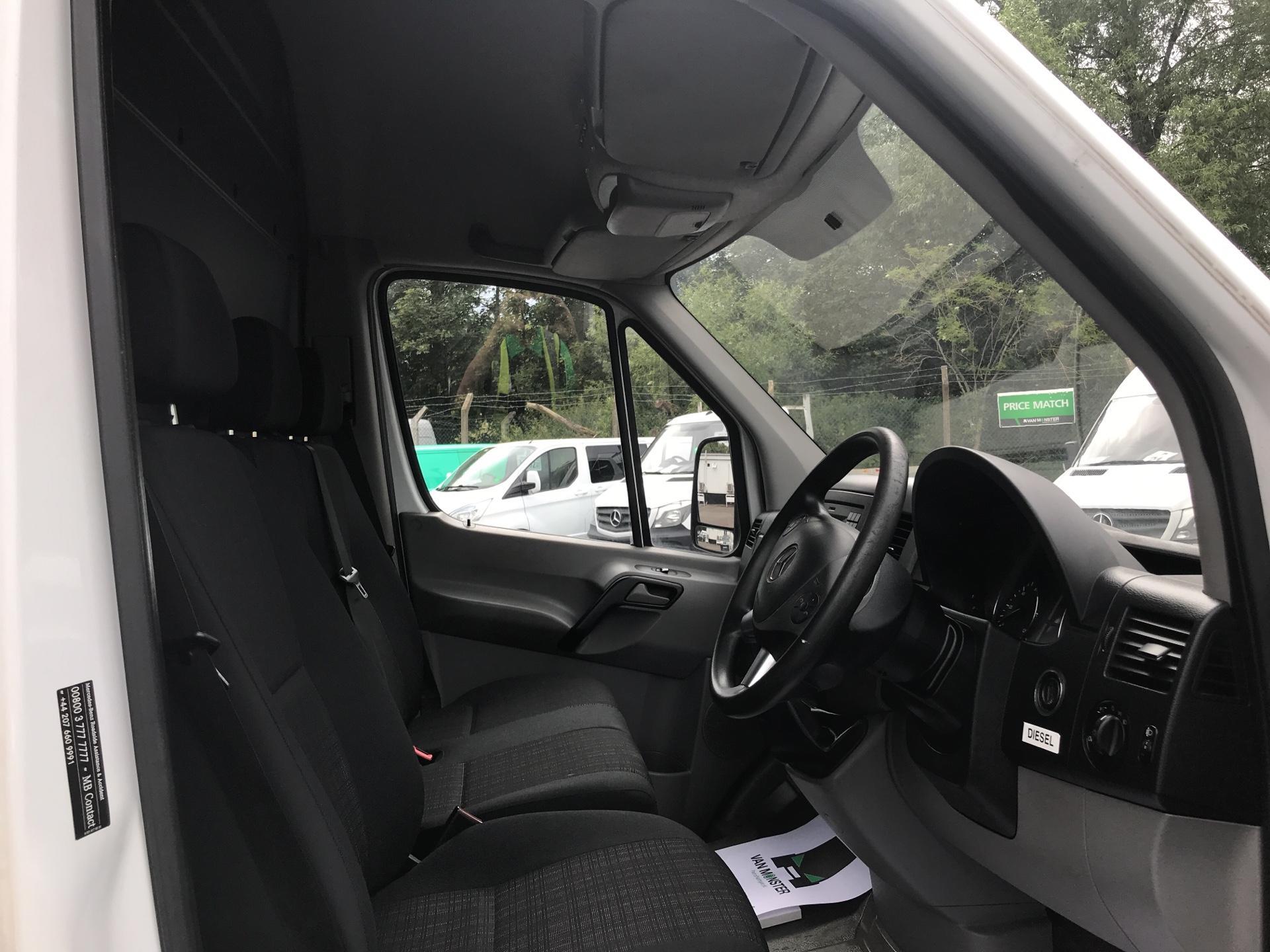2015 Mercedes-Benz Sprinter  313 MWB H/R EURO 5 (KR64FEP) Image 9
