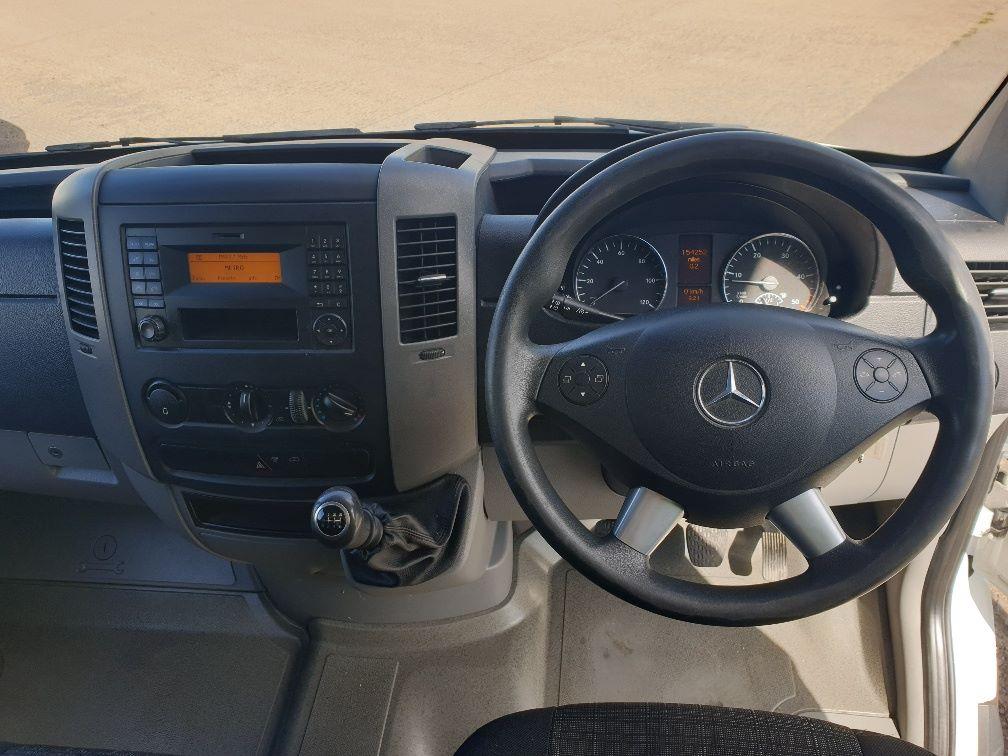 2015 Mercedes-Benz Sprinter 313 LWB LUTON EURO 5 (KR64PXF) Image 13