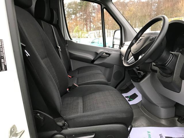 2017 Mercedes-Benz Sprinter  314 LWB H/R VAN EURO 6 (KR67AHX) Image 2
