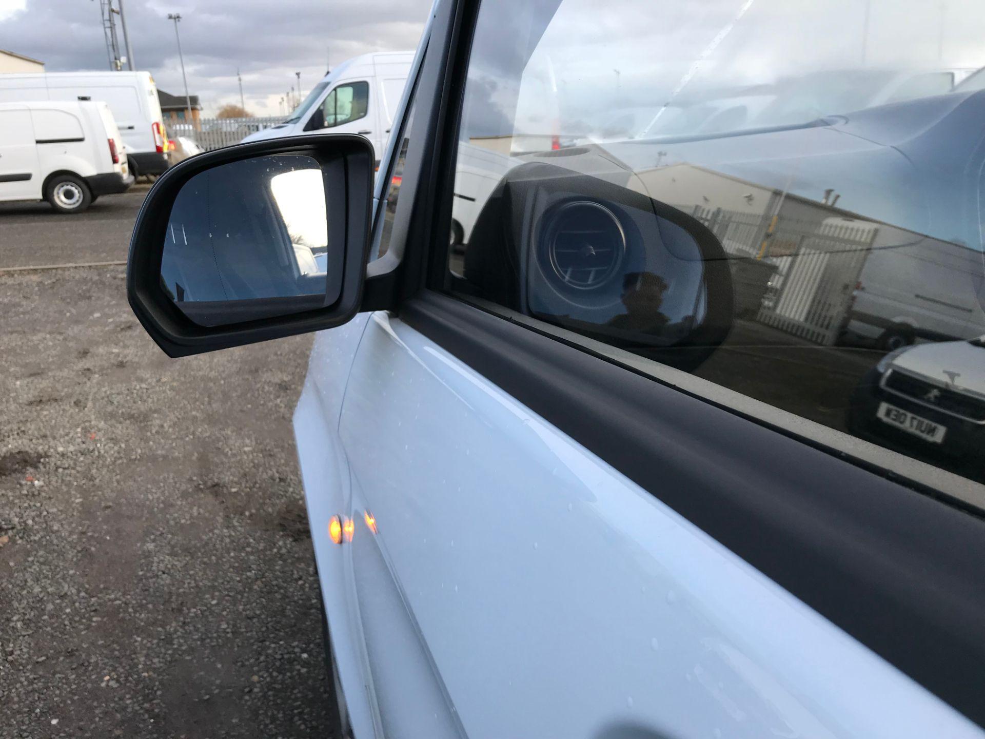 2017 Mercedes-Benz Vito 111Cdi Van (KR67ALO) Image 14