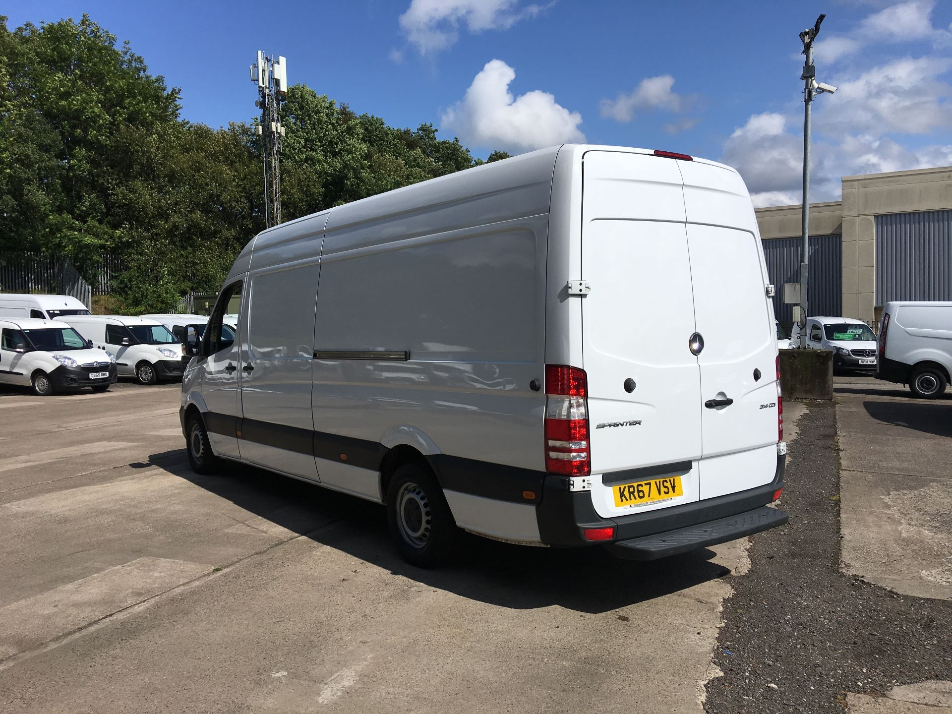 2017 Mercedes-Benz Sprinter 314 CDI LWB HIGH ROOF VAN EURO 6 (KR67VSV) Image 12