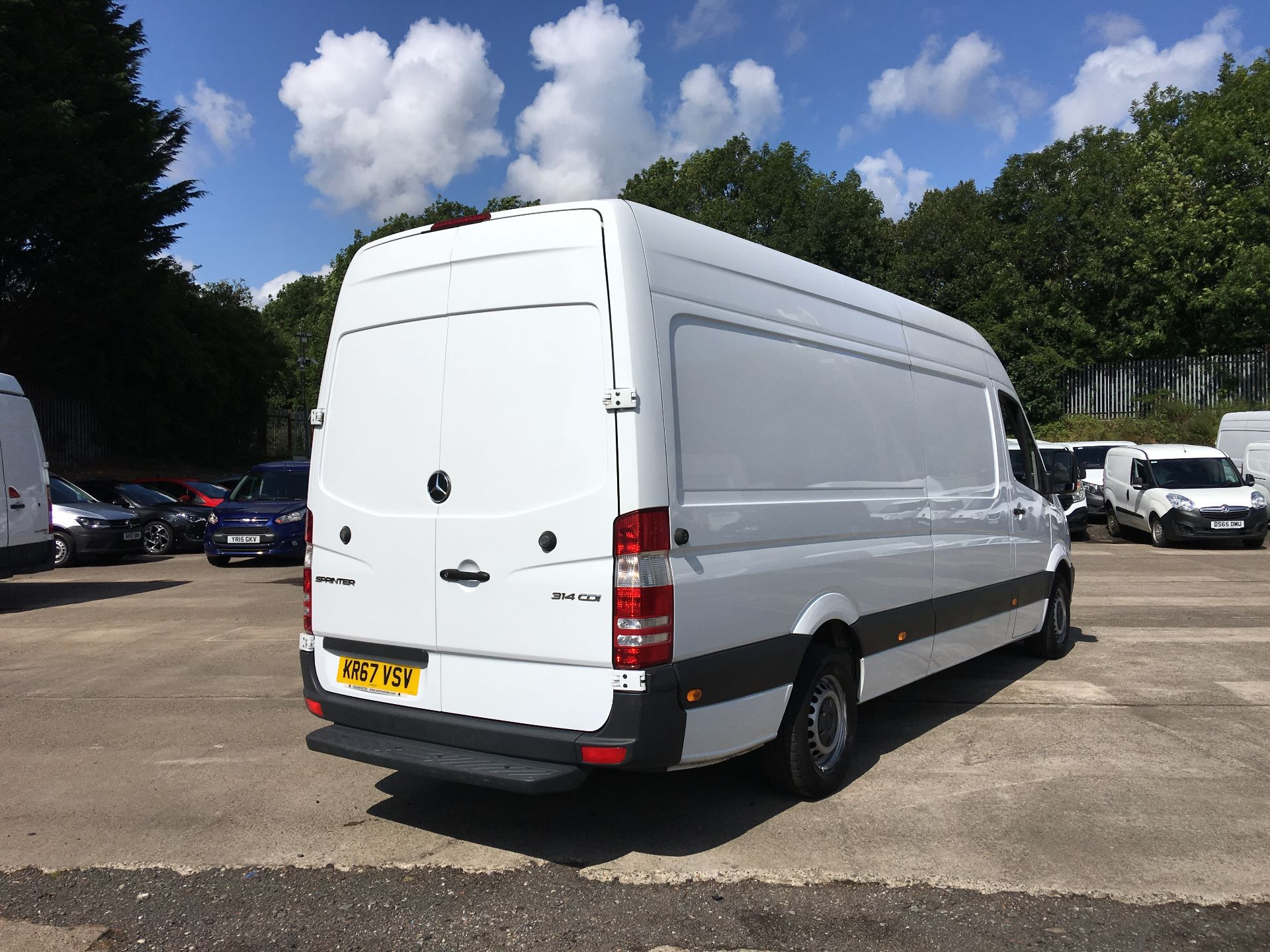 2017 Mercedes-Benz Sprinter 314 CDI LWB HIGH ROOF VAN EURO 6 (KR67VSV) Image 10