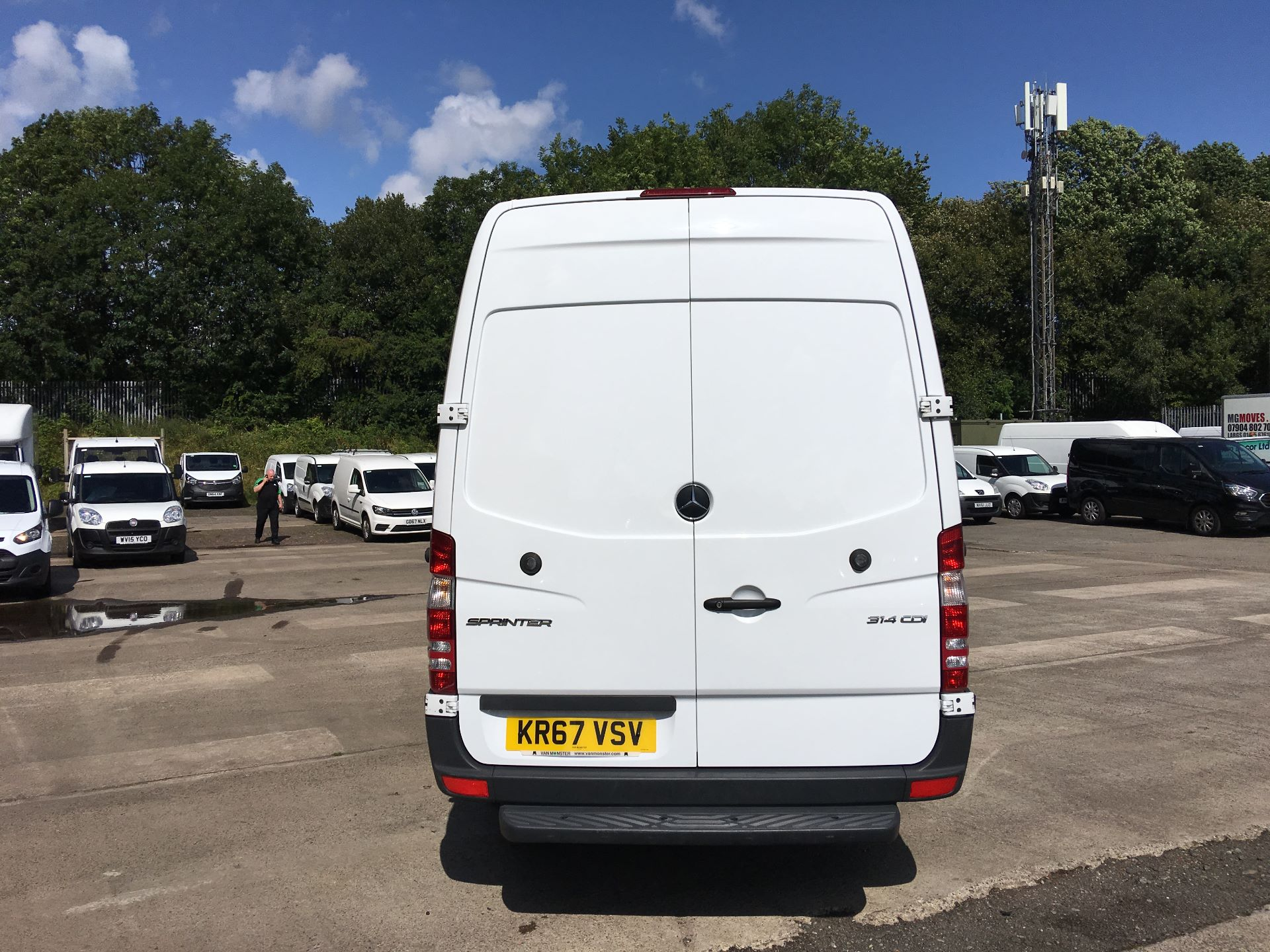 2017 Mercedes-Benz Sprinter 314 CDI LWB HIGH ROOF VAN EURO 6 (KR67VSV) Image 11