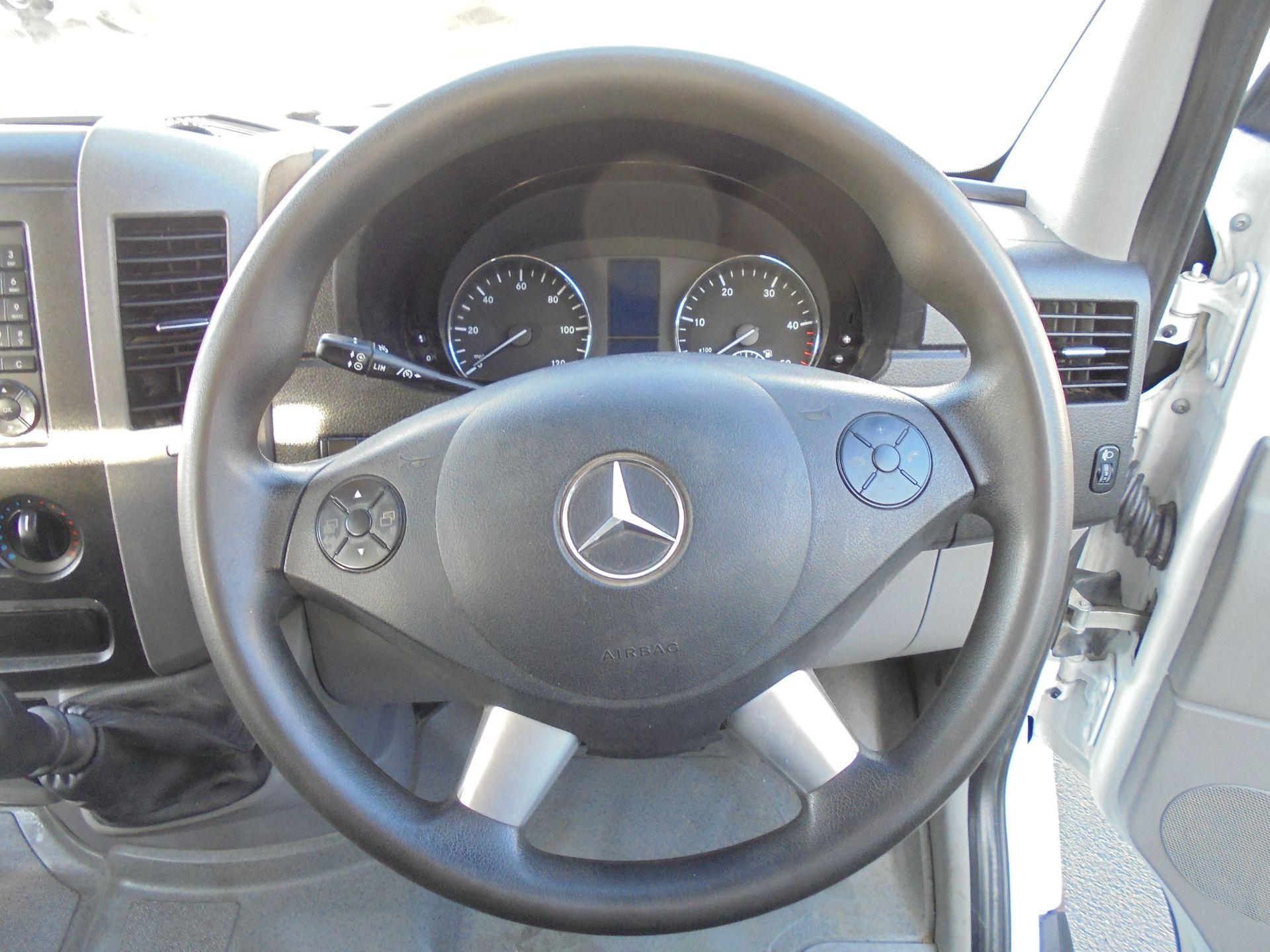 2016 Mercedes-Benz Sprinter 3.5T Crew Cab 313 7 Seater Dropside (KS16VWP) Image 11
